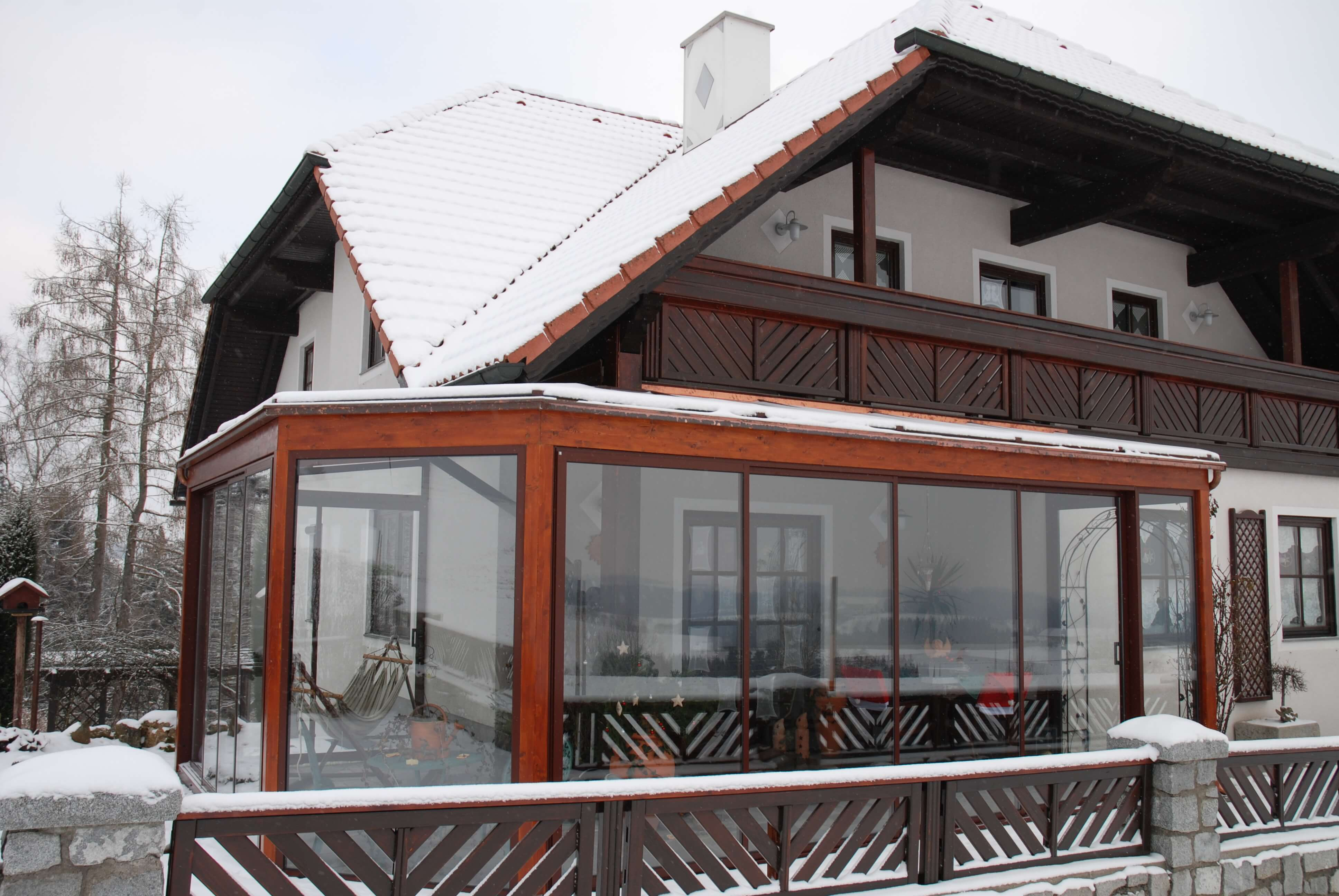 terrassenuberdachung holz linz inneneinrichtung und m bel. Black Bedroom Furniture Sets. Home Design Ideas