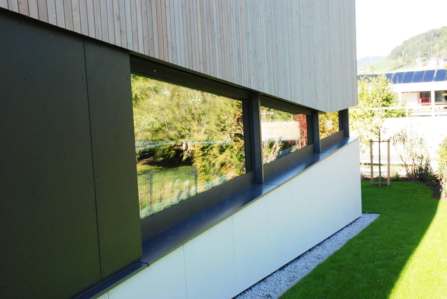 Aluminium Schrägfenster für Wellnessraum