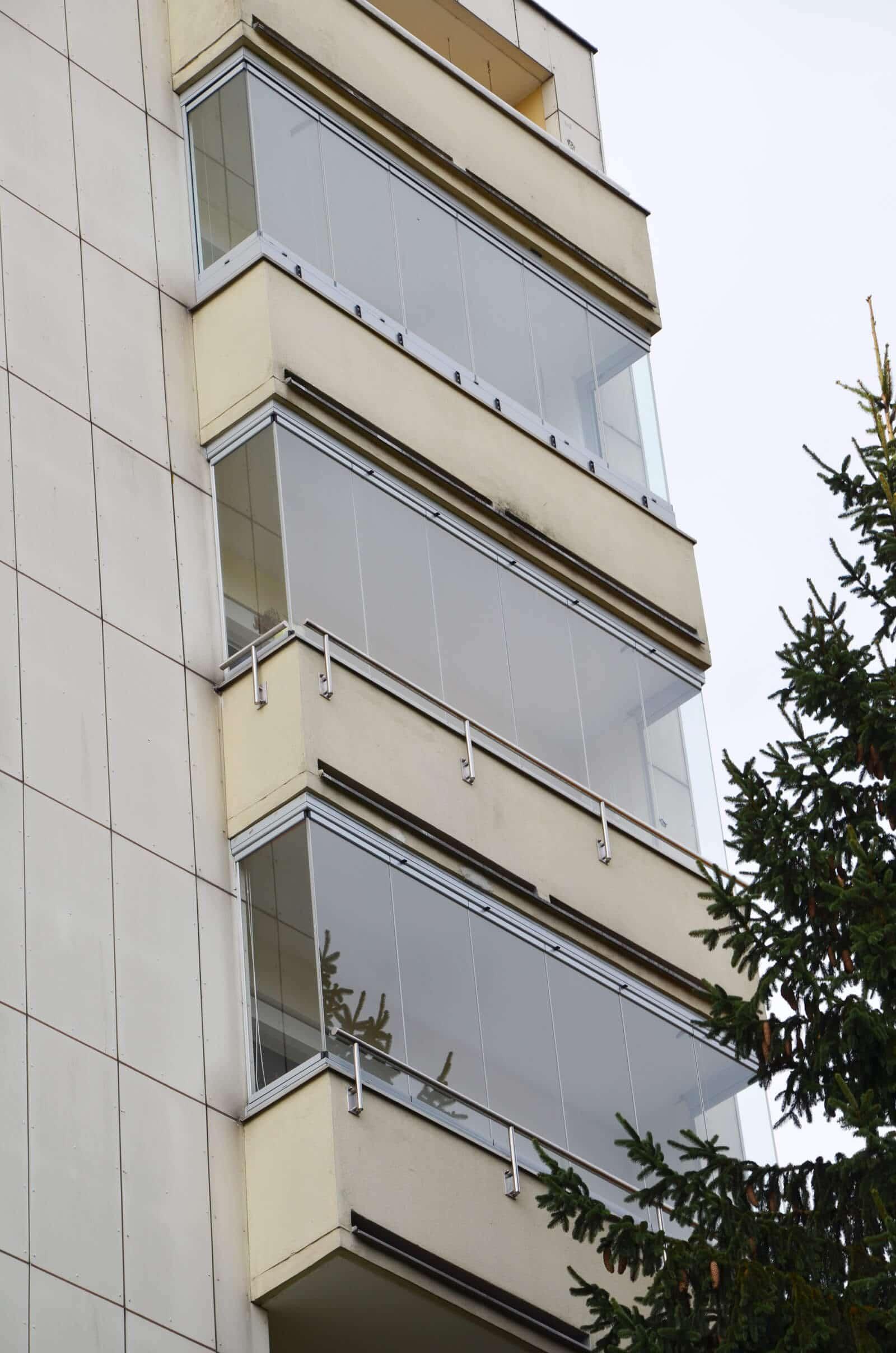 Balkon Fenster faltbar