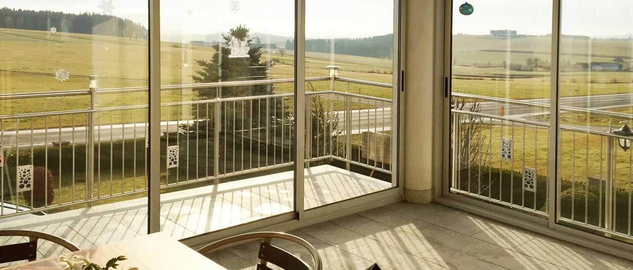 Balkonverglasungen Lärmschutz Glas