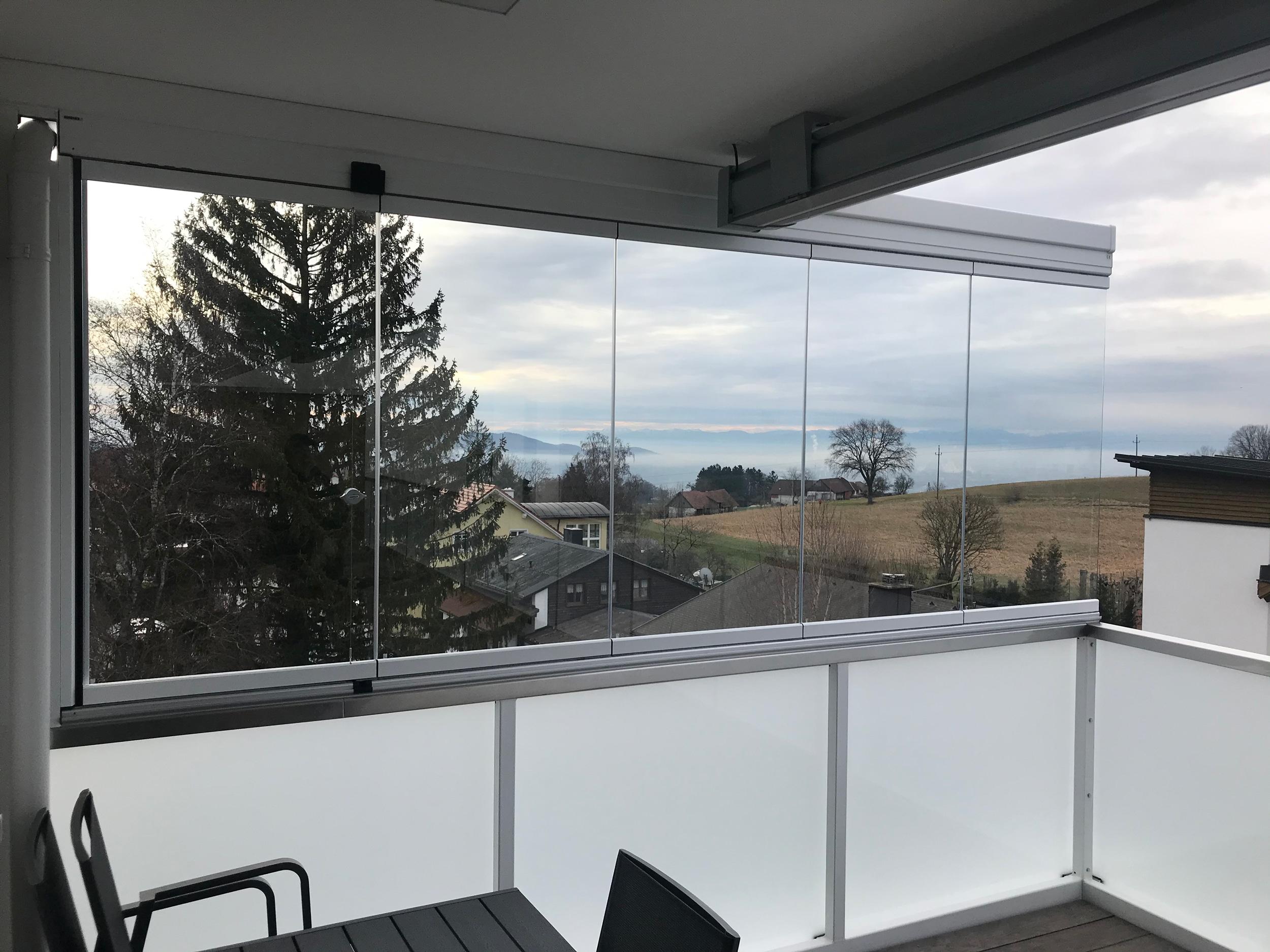 Balkonverglasung Windschutz