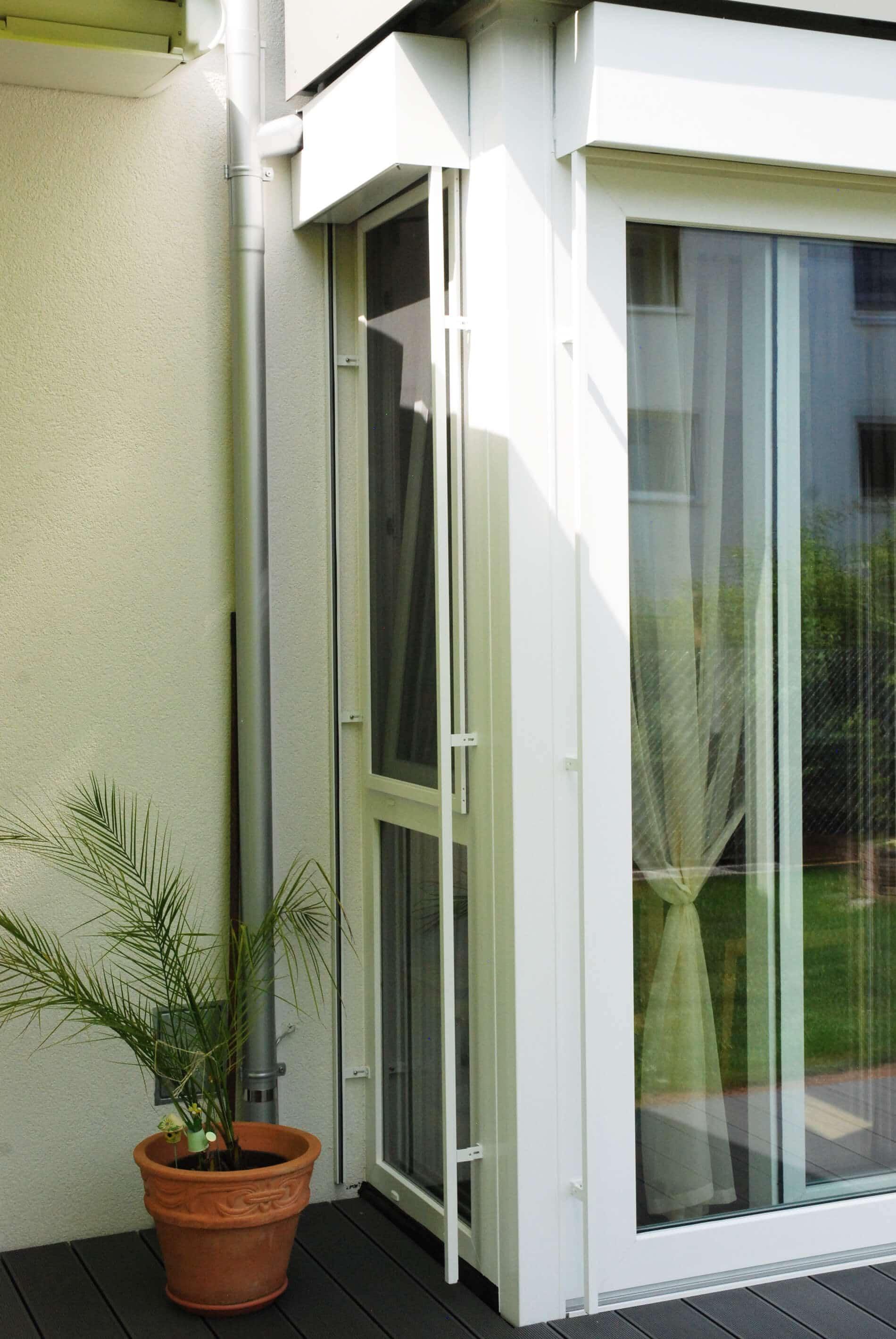 Detail Terrassenverbau Kunststoff-Elemente