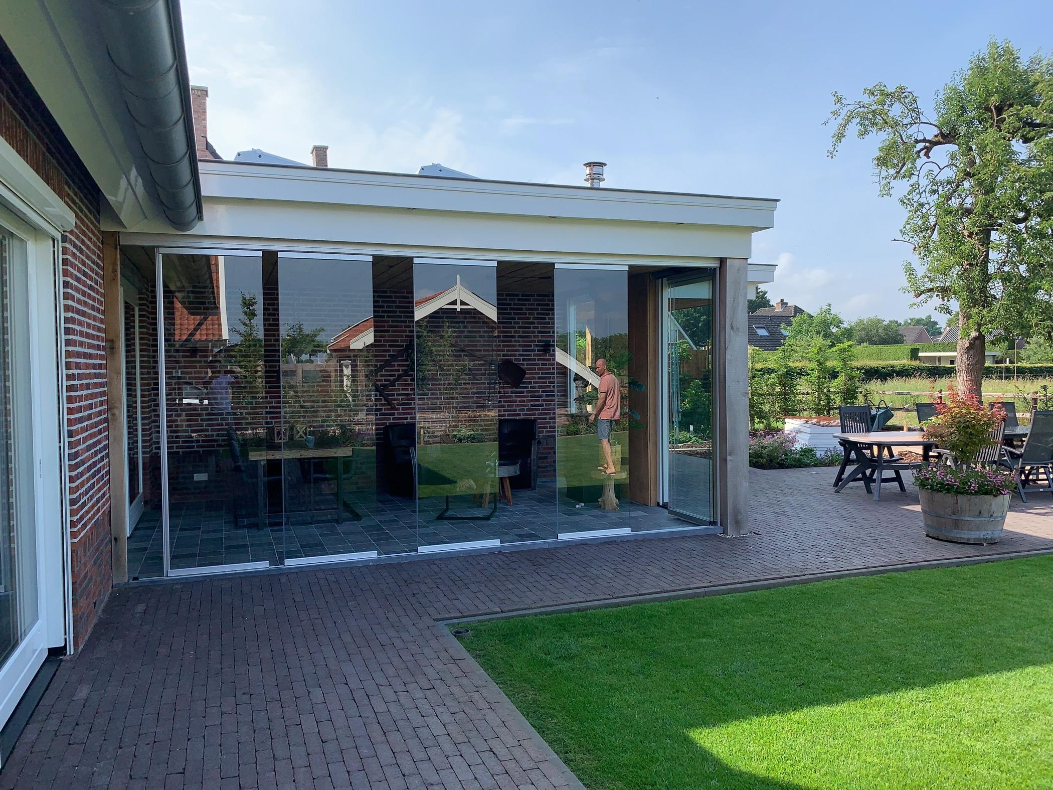 Einfache Terrassenverglasung