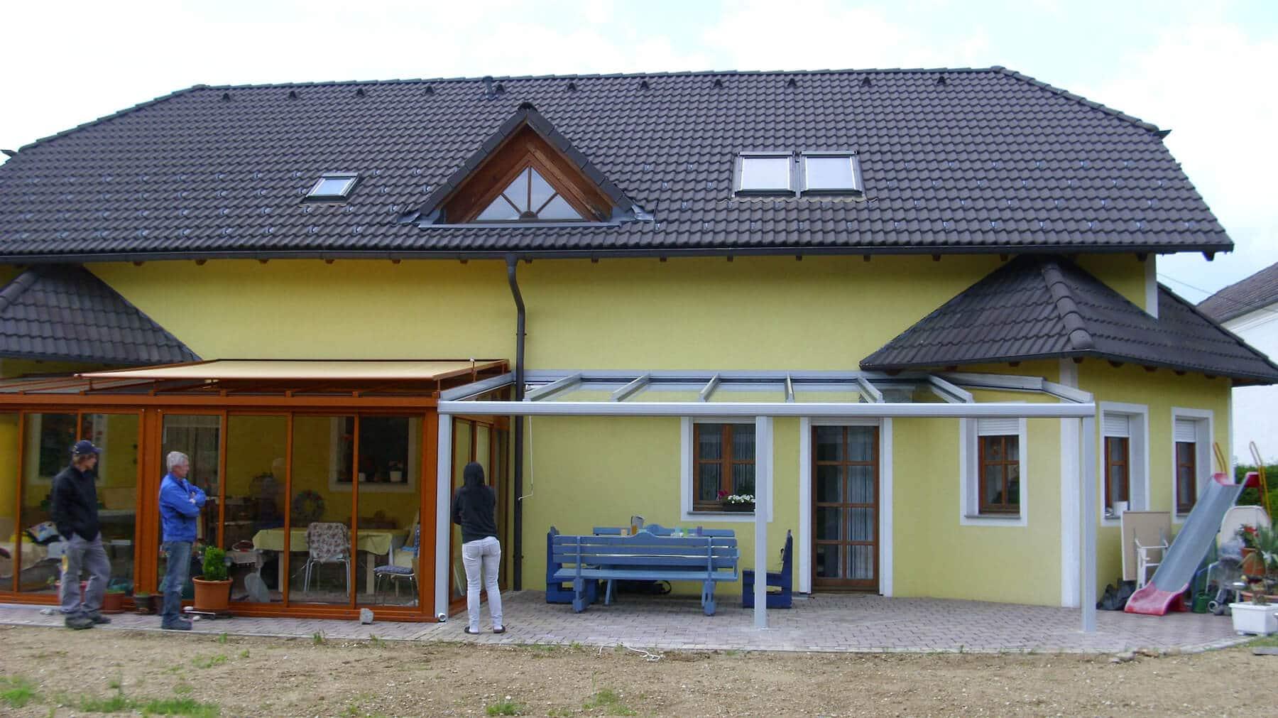 Erweiterung des Sommergartens mit einer Überdachung