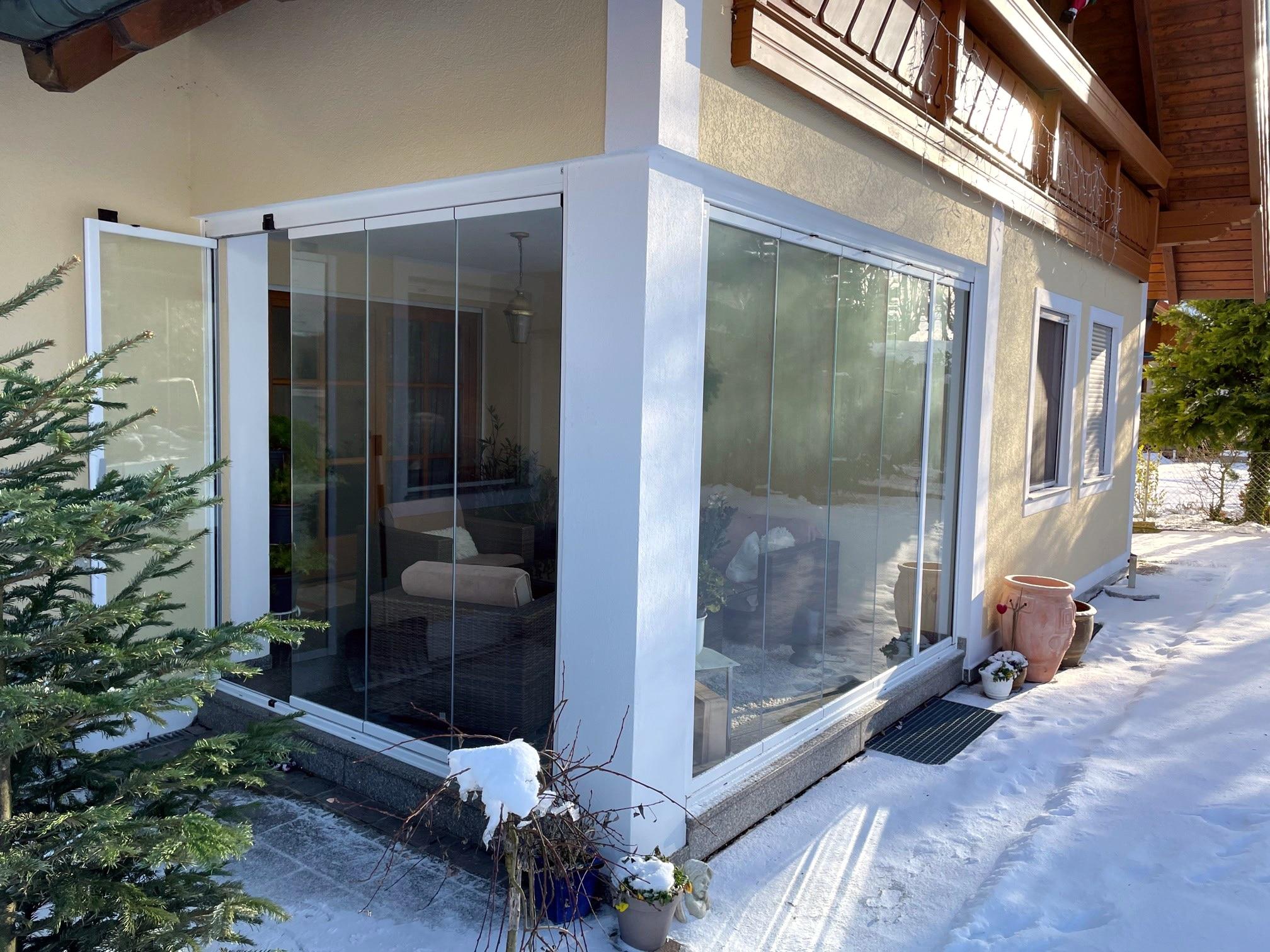 Erweiterung des Wohnraums mit Schiebe-Dreh Türen