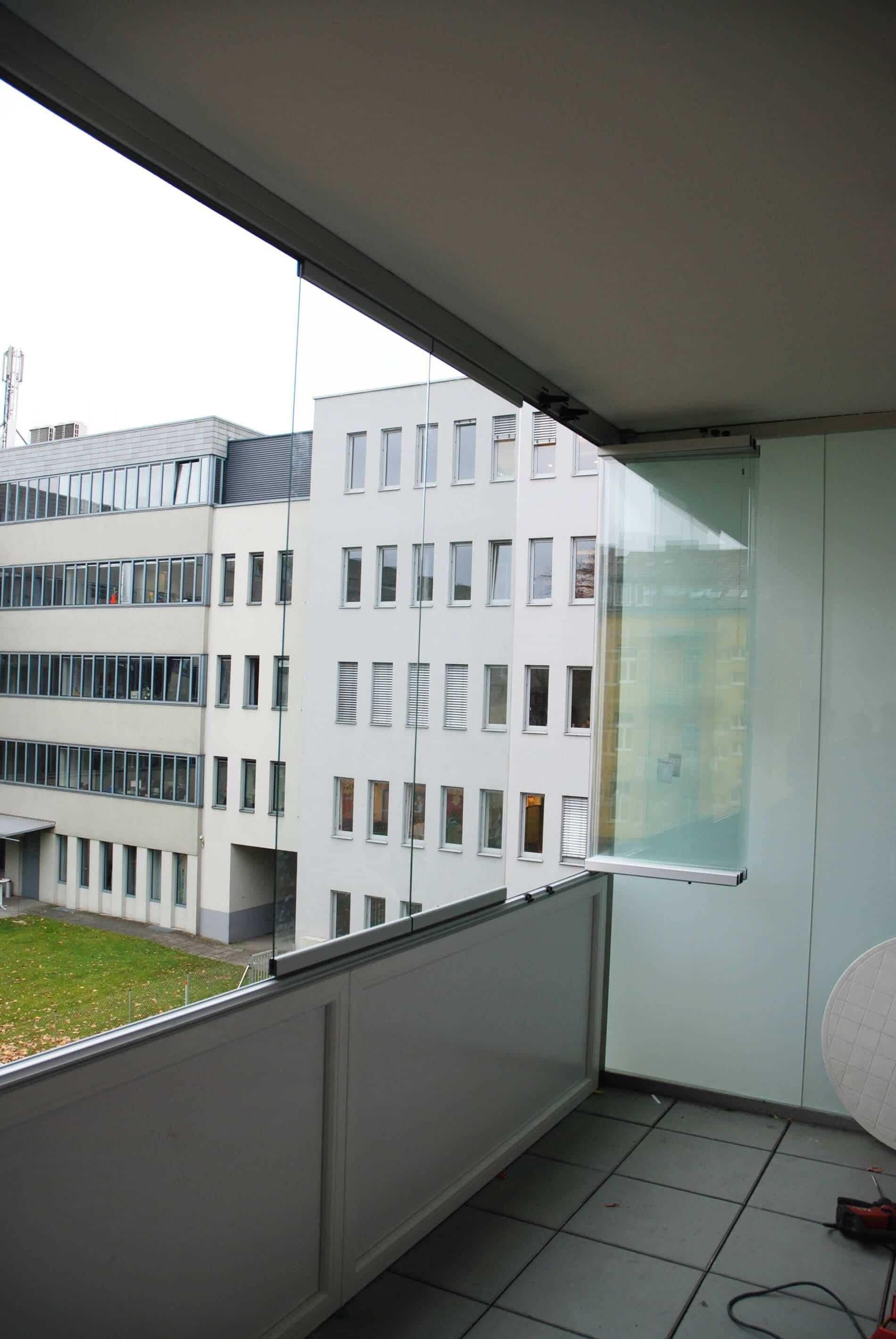 Faltschiebefenster Balkon