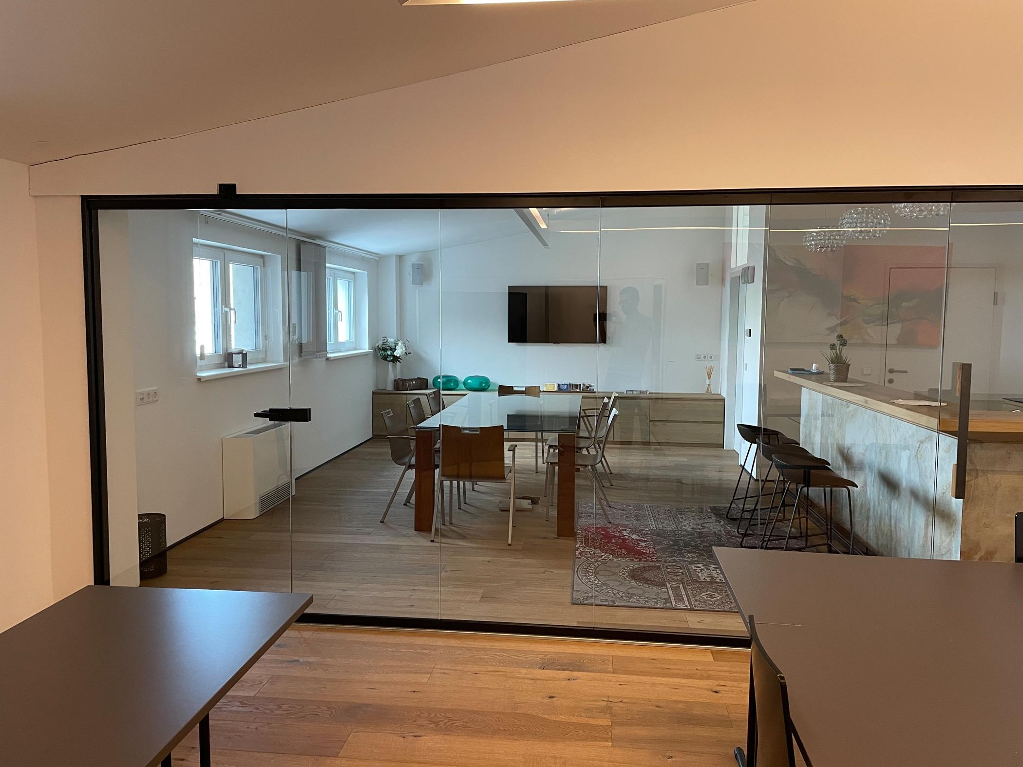 Falttür Glas - hochwertig als Raumabtrennung