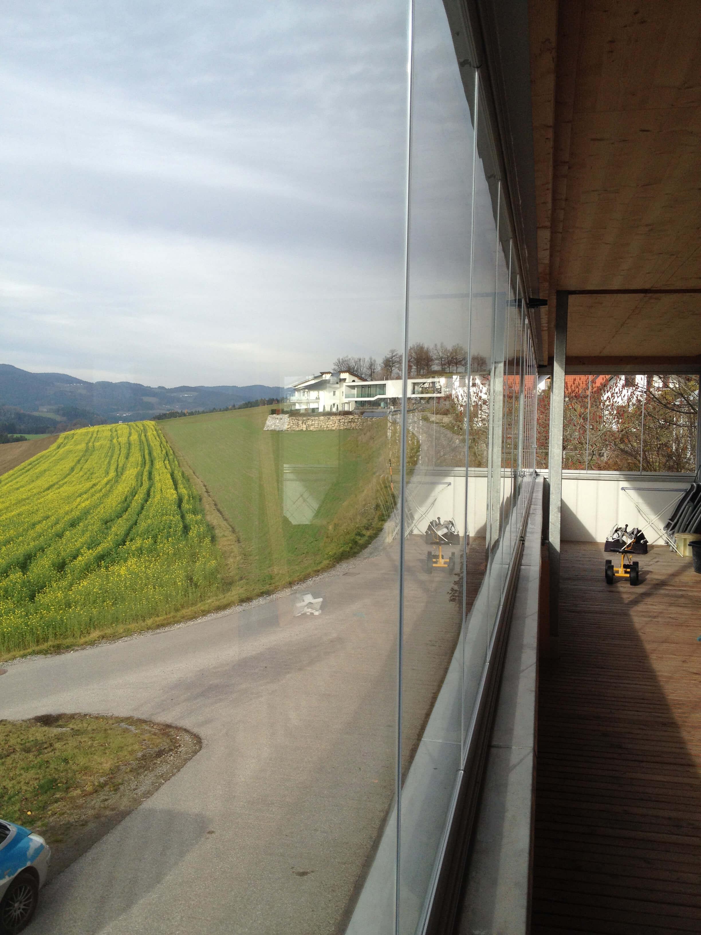 Faltwand aus Glas für Balkon