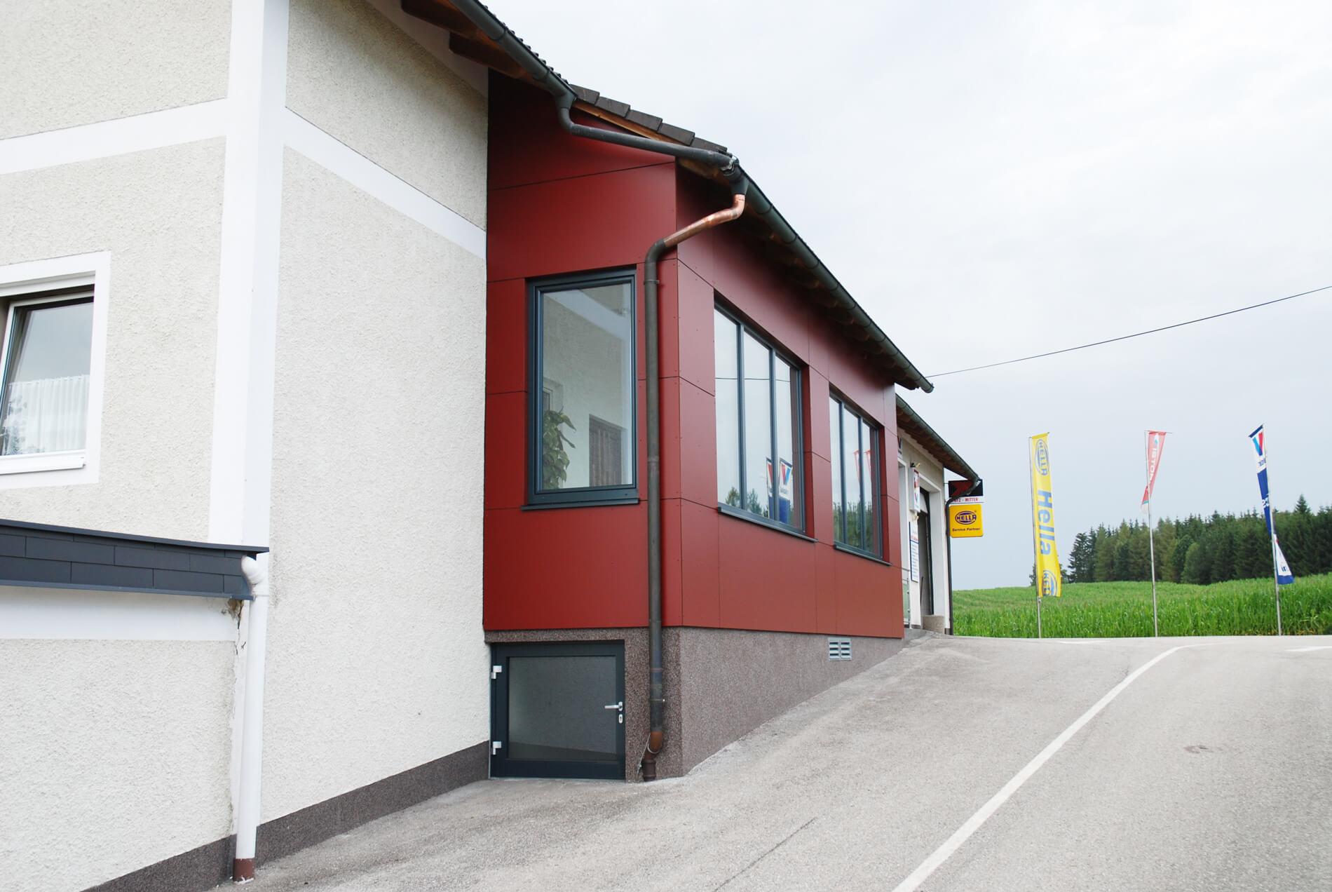 Fenster für Betriebsgebäude