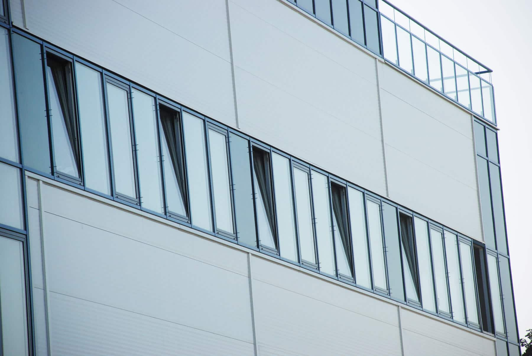 sommergarten mit glasschiebet ren wintergarten von schmidinger. Black Bedroom Furniture Sets. Home Design Ideas