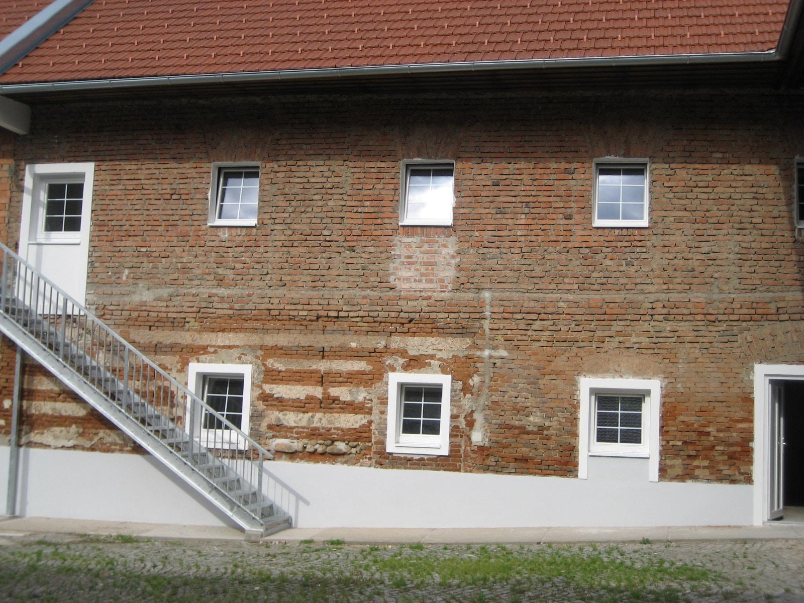 Fenster in Landwirtschaftsgebäude