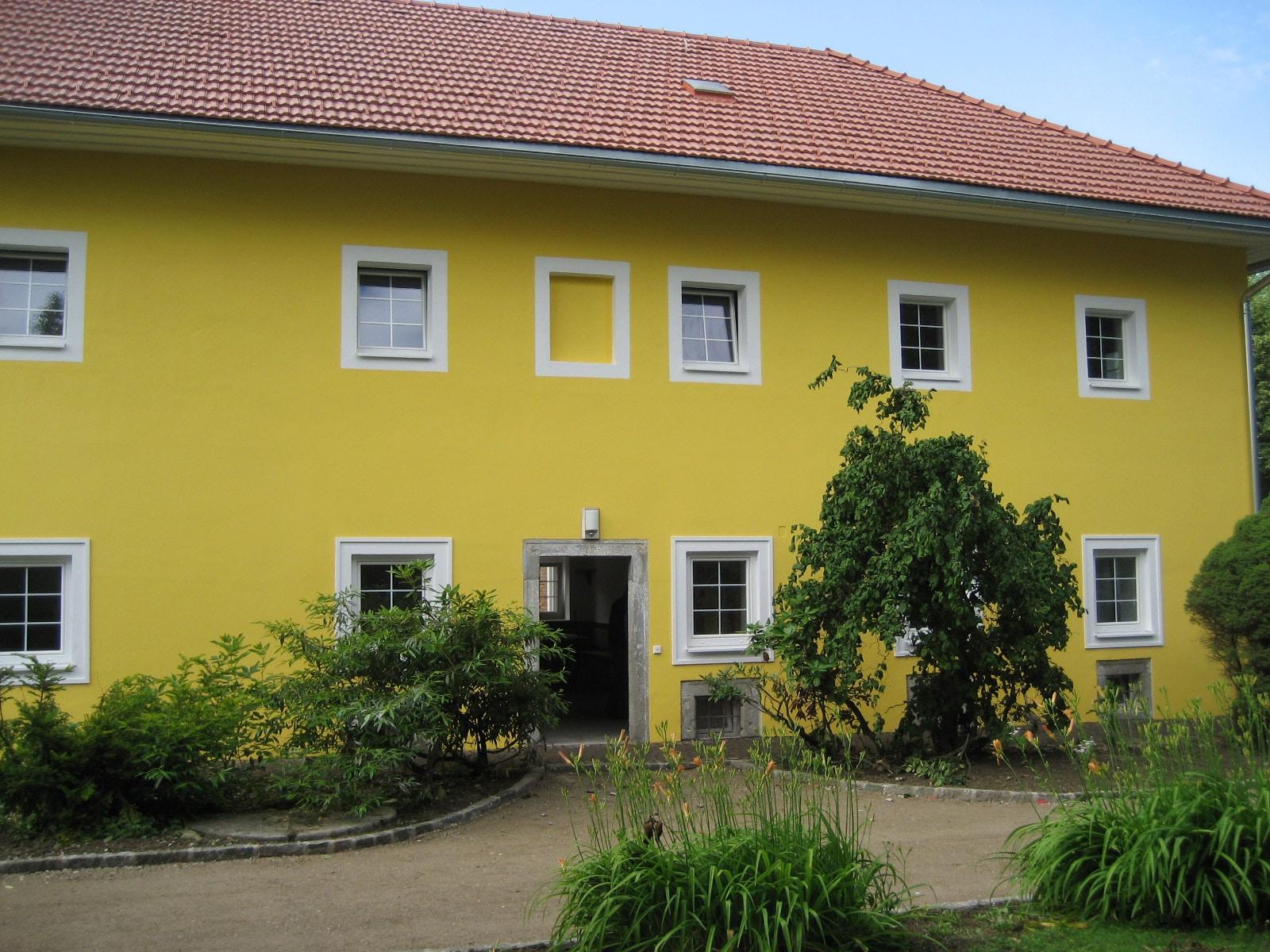 Fenster weiß mit Sprossen für Landwirtschaftsgebäude