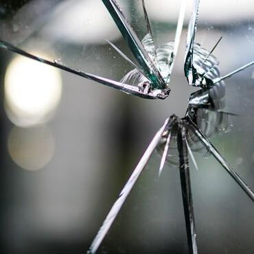 Fensterscheibe kaputt was tun