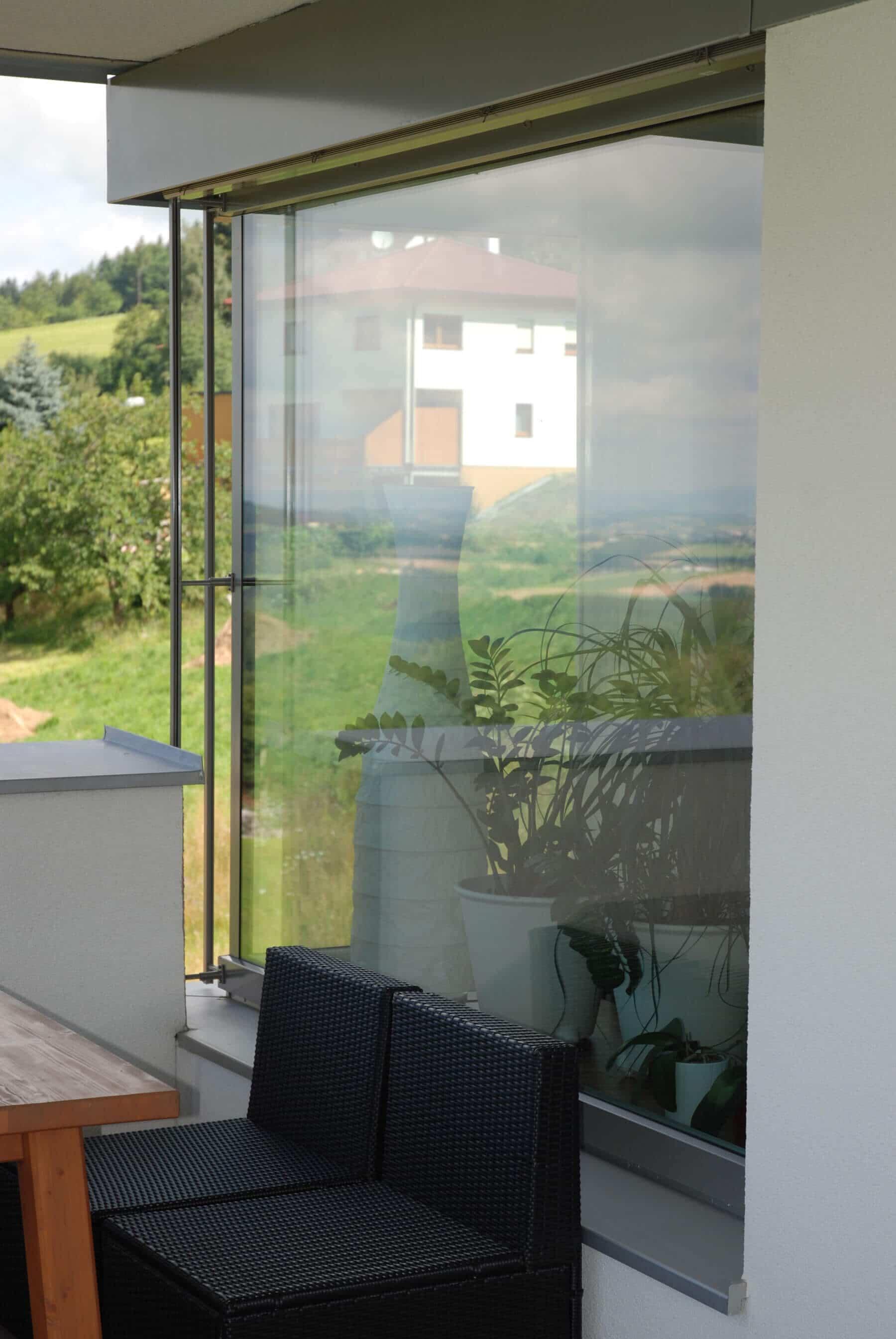 Balkon Windschutz seitlich Glas Fenster Schmidinger