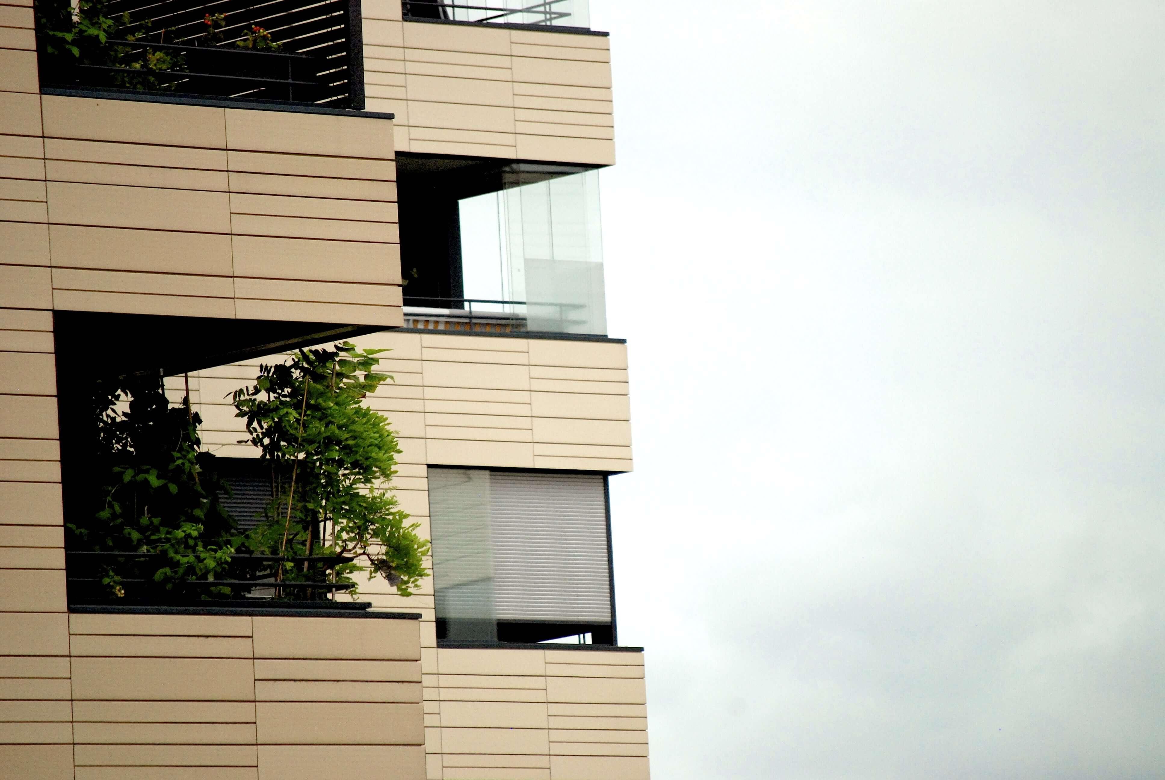 Flexibler Windschutz Balkon und Loggia