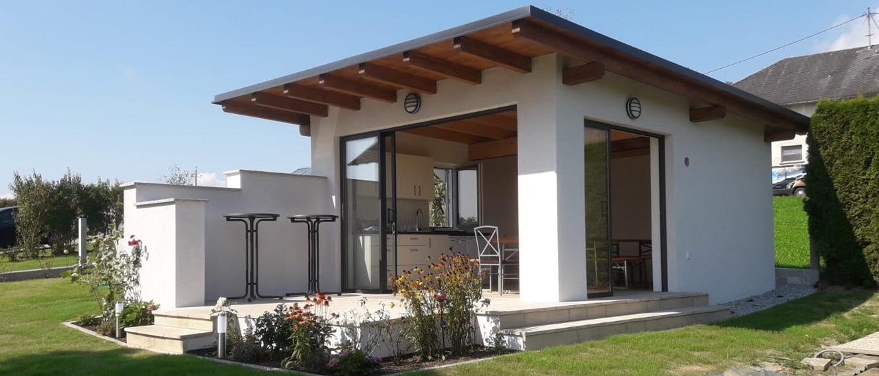 Gartenhaus mit Pultdach und Schiebetüren