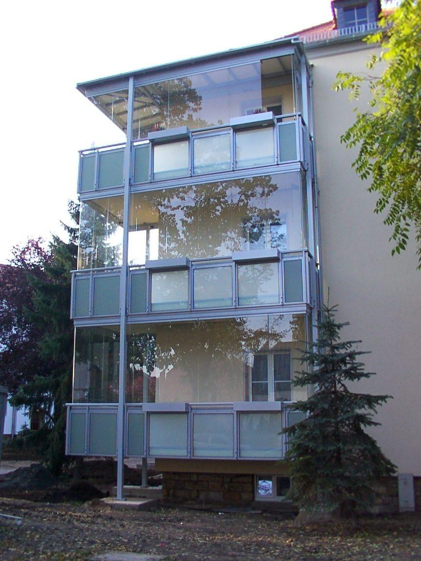 Glas Balkon nach Maß