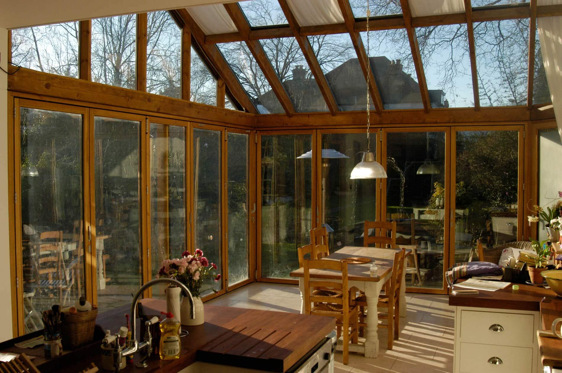 Glas-Faltwand Holz und Aluminium