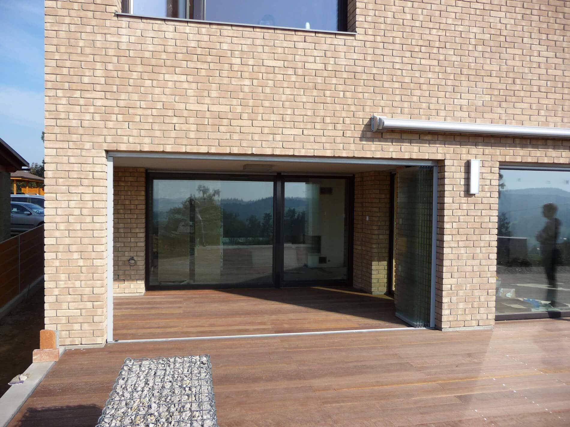 Glasfalttüren rahmenlos Terrassenverbau