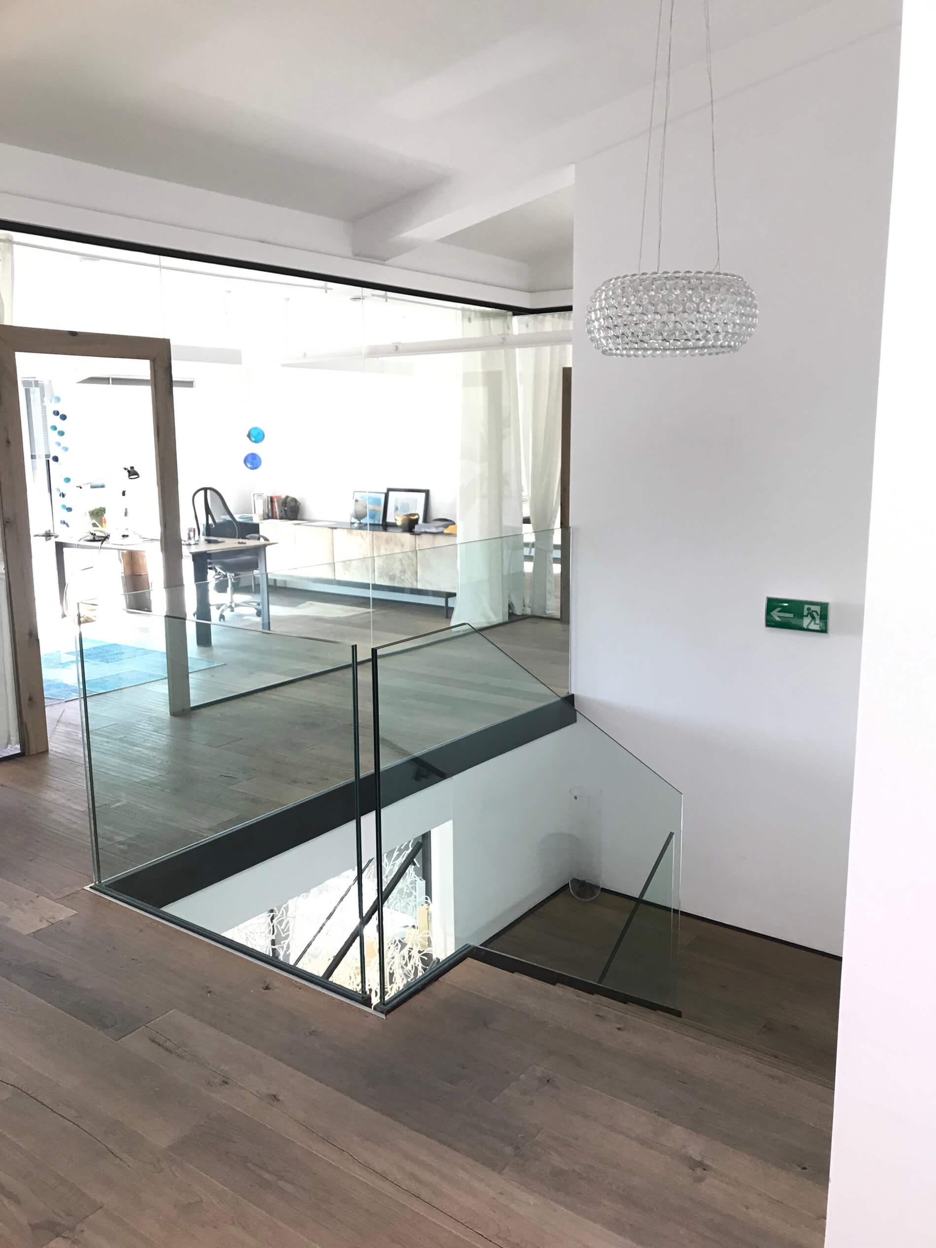 Glasgeländer und Glastrennwände Innenbereich - Glaserei Oberösterreich
