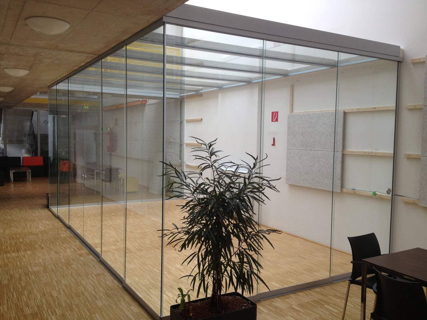 Glasschiebekonstruktion für Innen