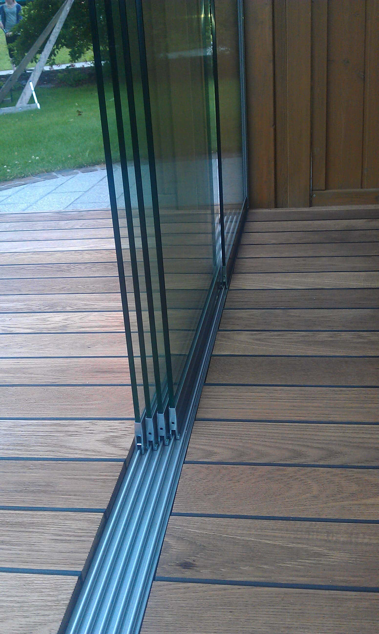 Glasschiebetüren Bodenschiene