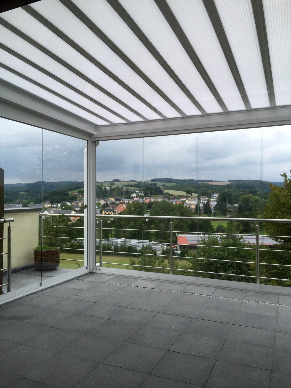 Glasschiebetüren für bestehende Terrassenüberdachung