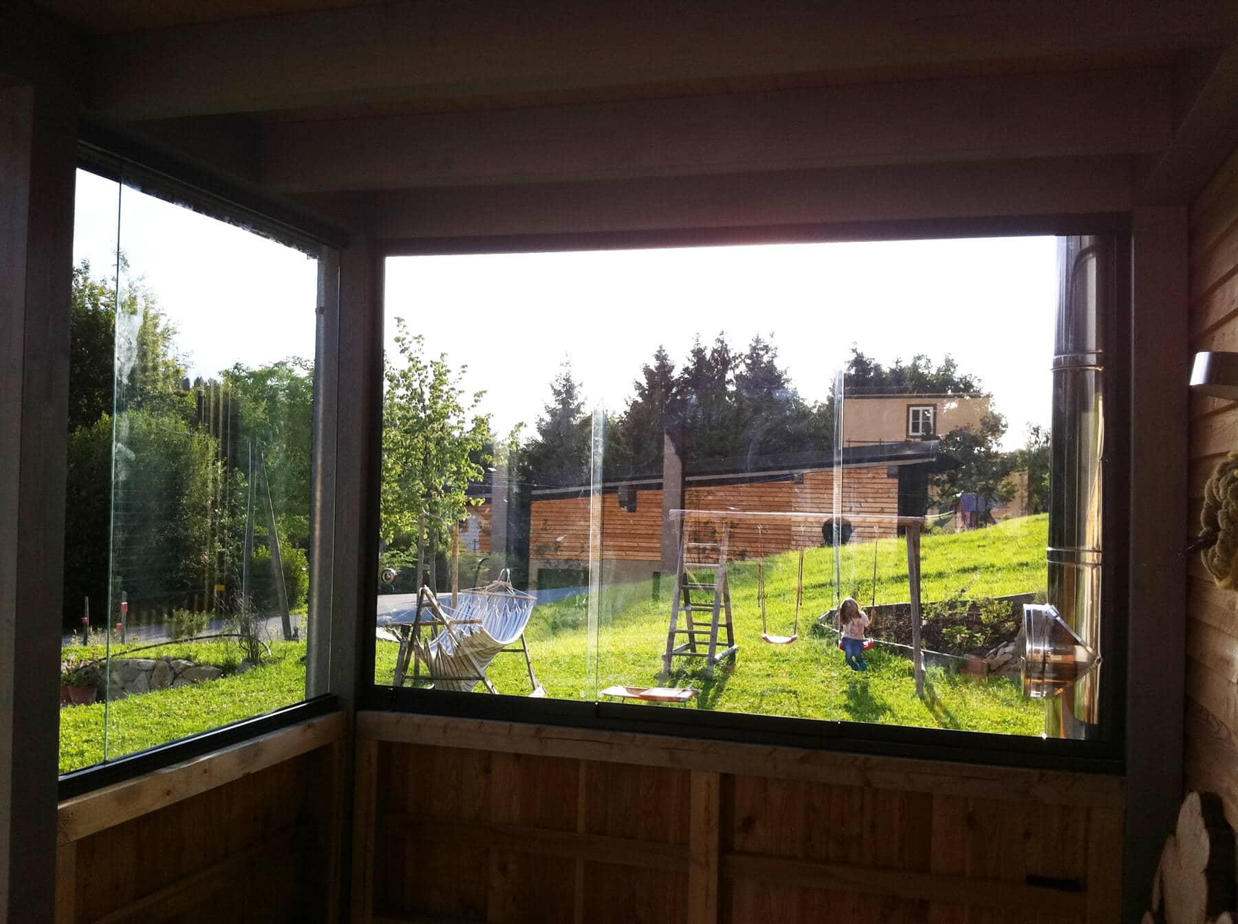 Glasschiebetüre für Holzbauten