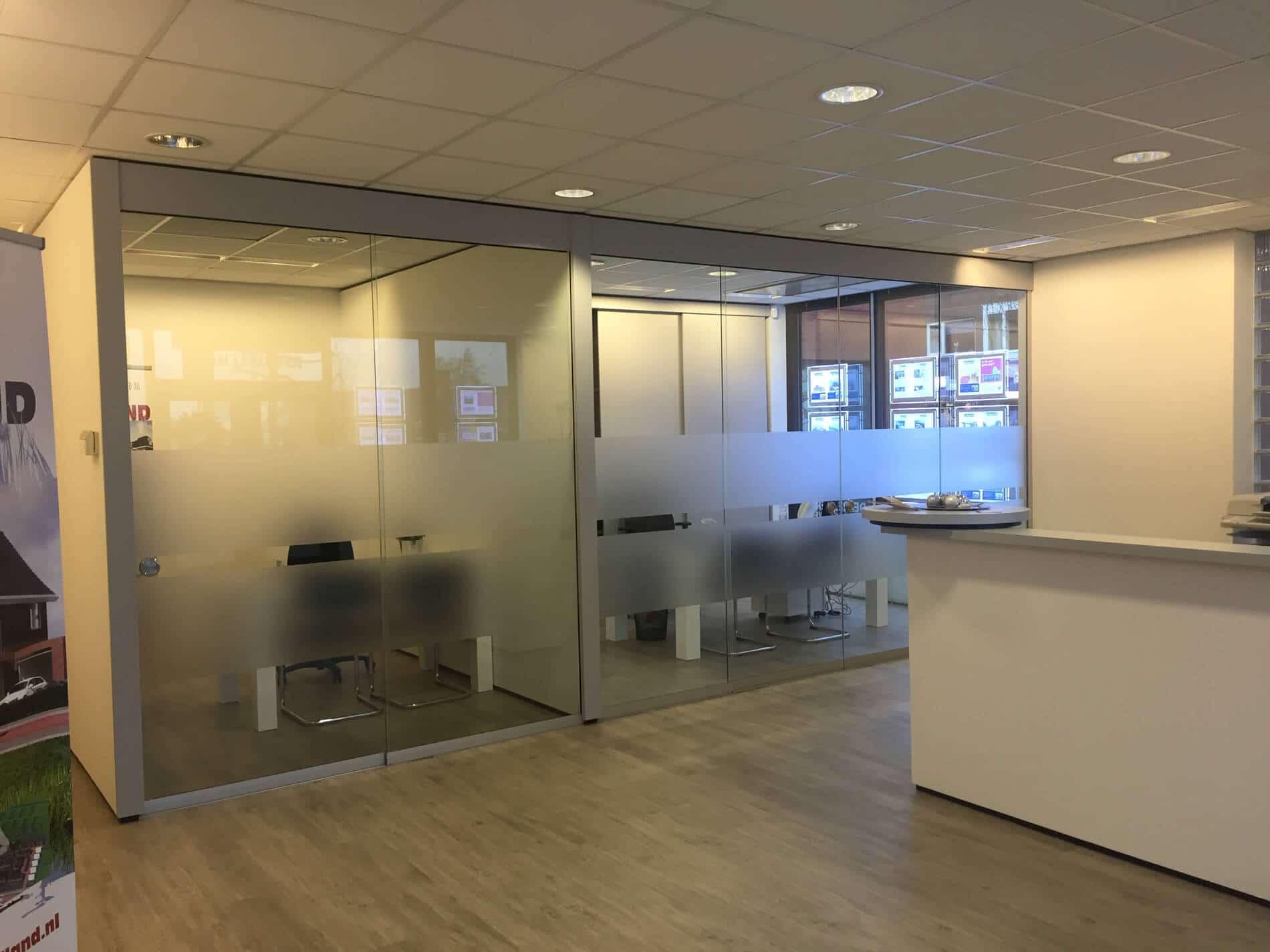 Glasschiebetüren im Büro - individuell gefertigt