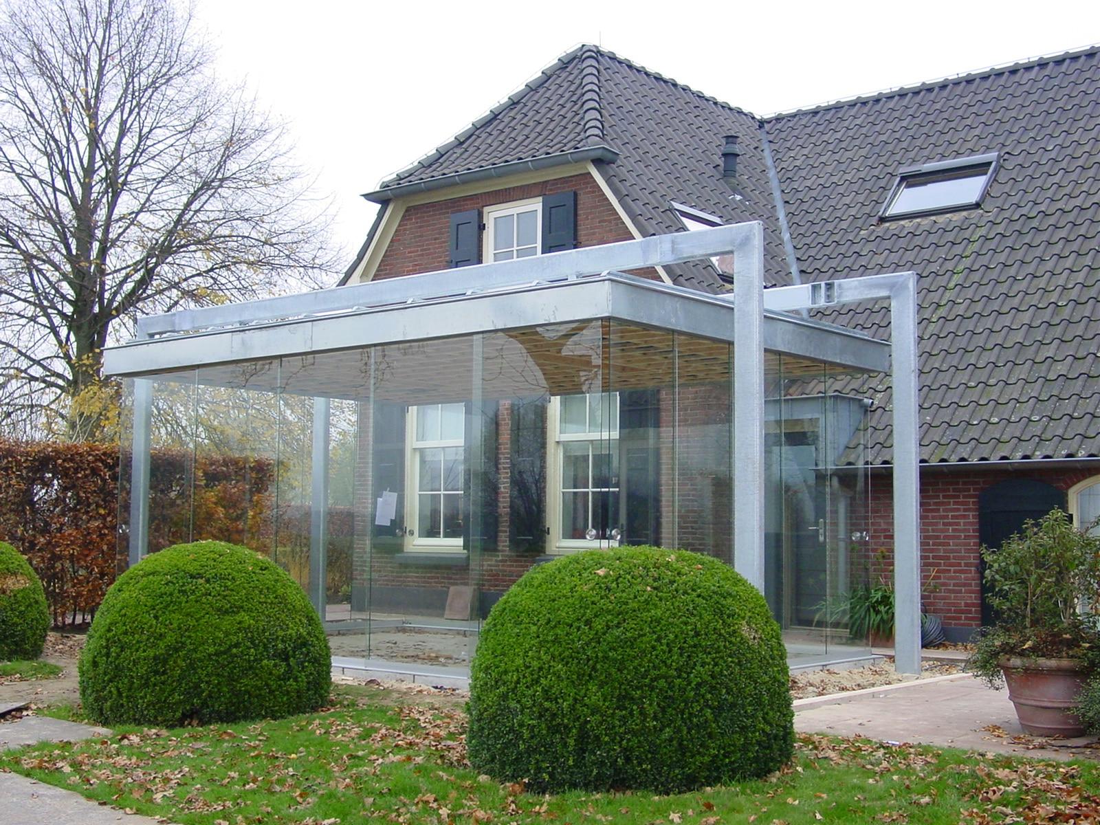 Glasschiebetüren in bestehende Stahlkonstruktion