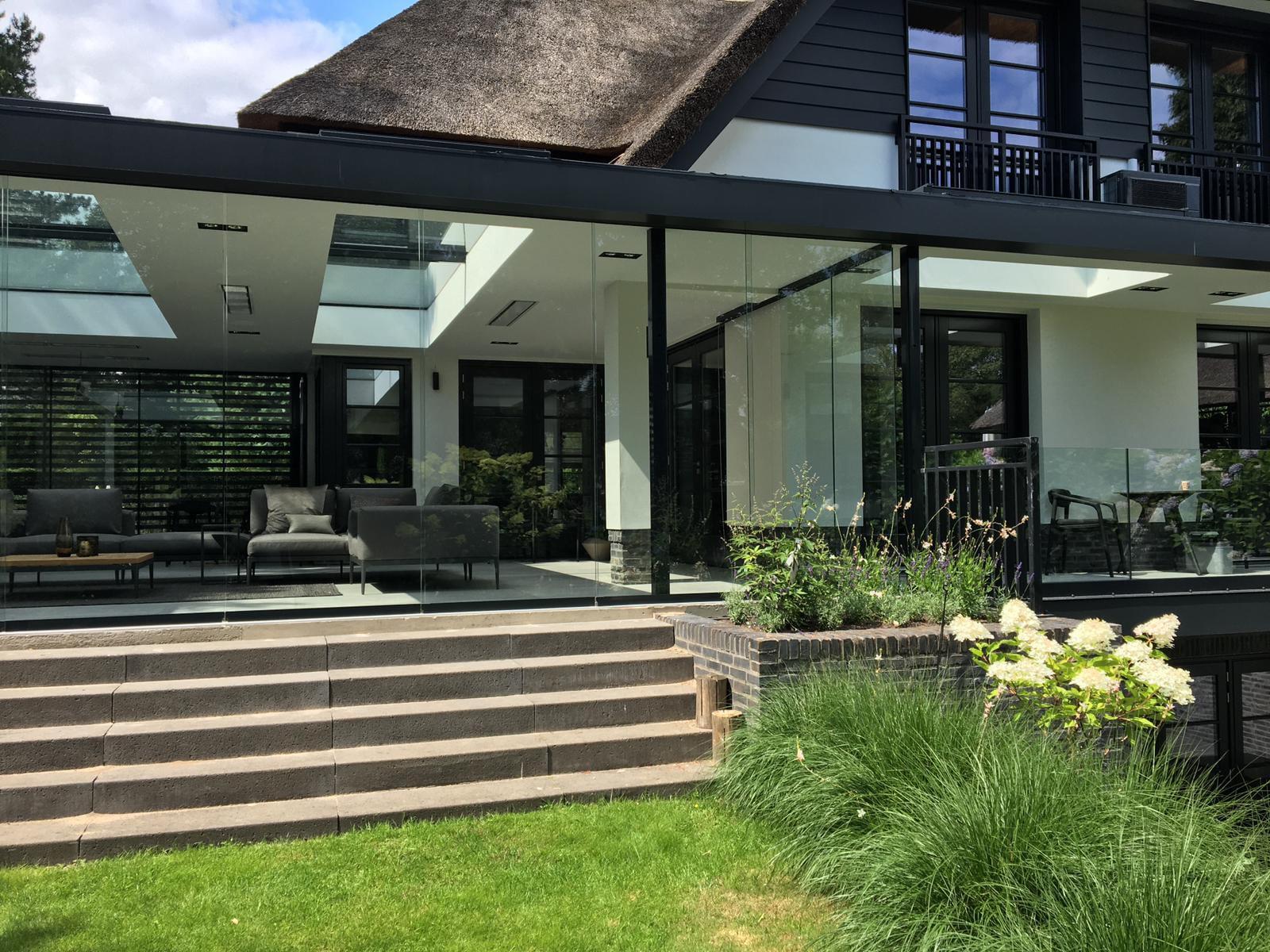 Glasschiebetüren Sunflex für Sommerwohnzimmer