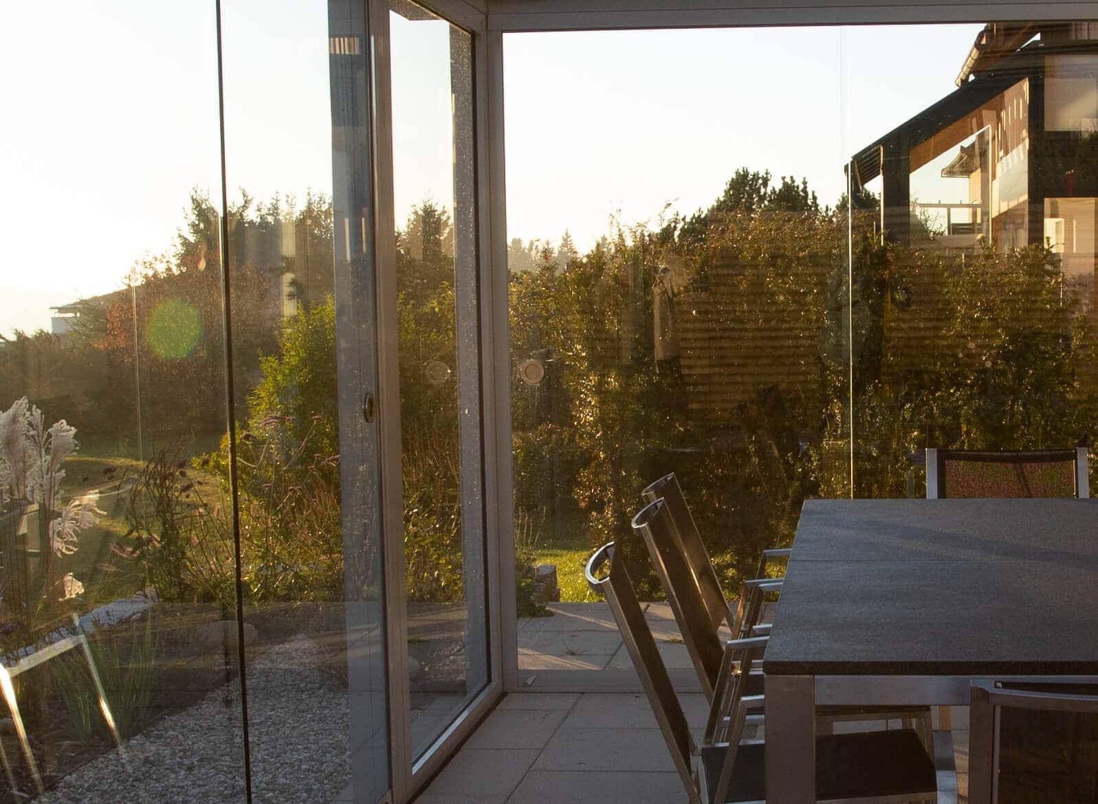 Glasschiebewände für Überdachungen