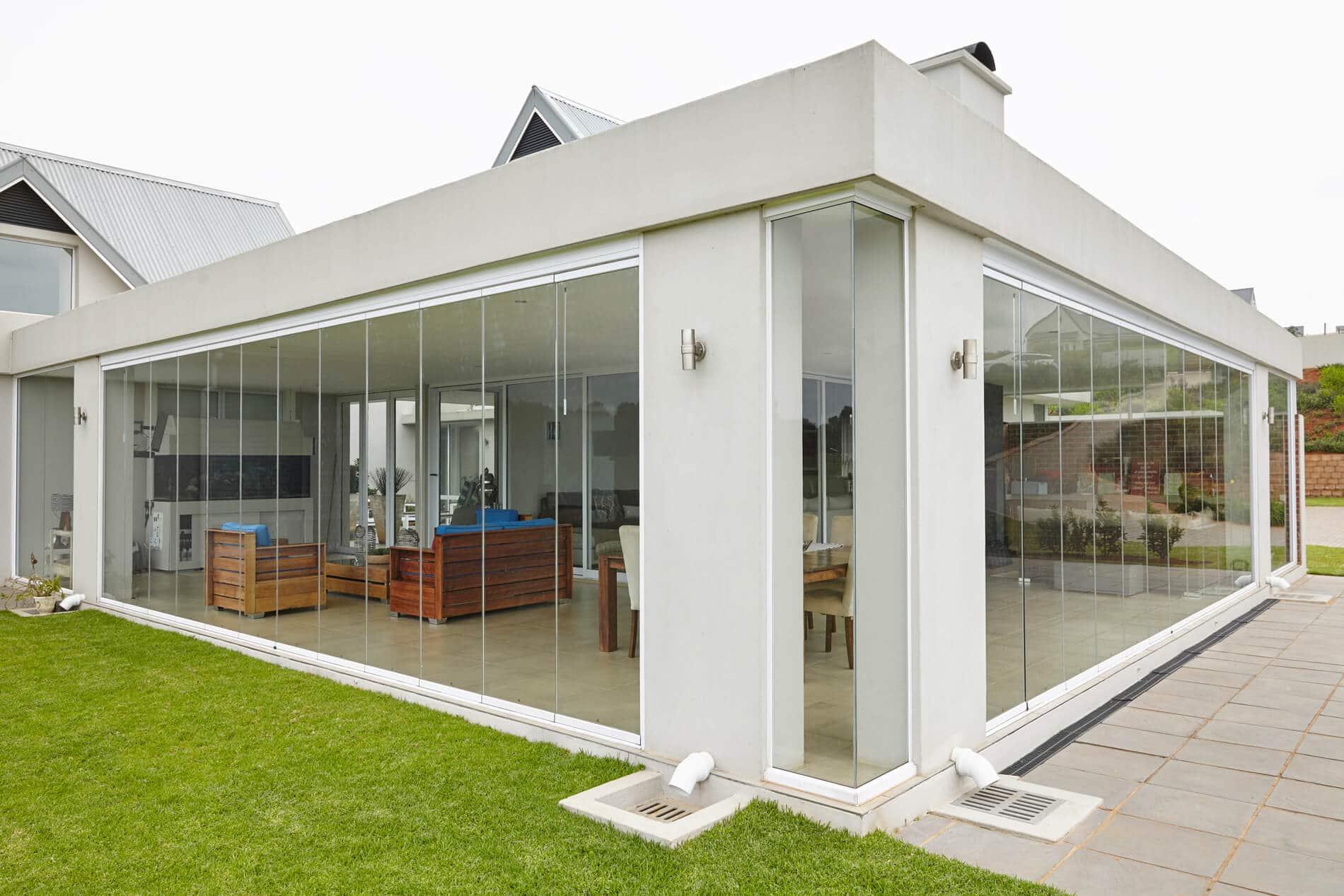 Glasschiebewände Terrassenverglasung