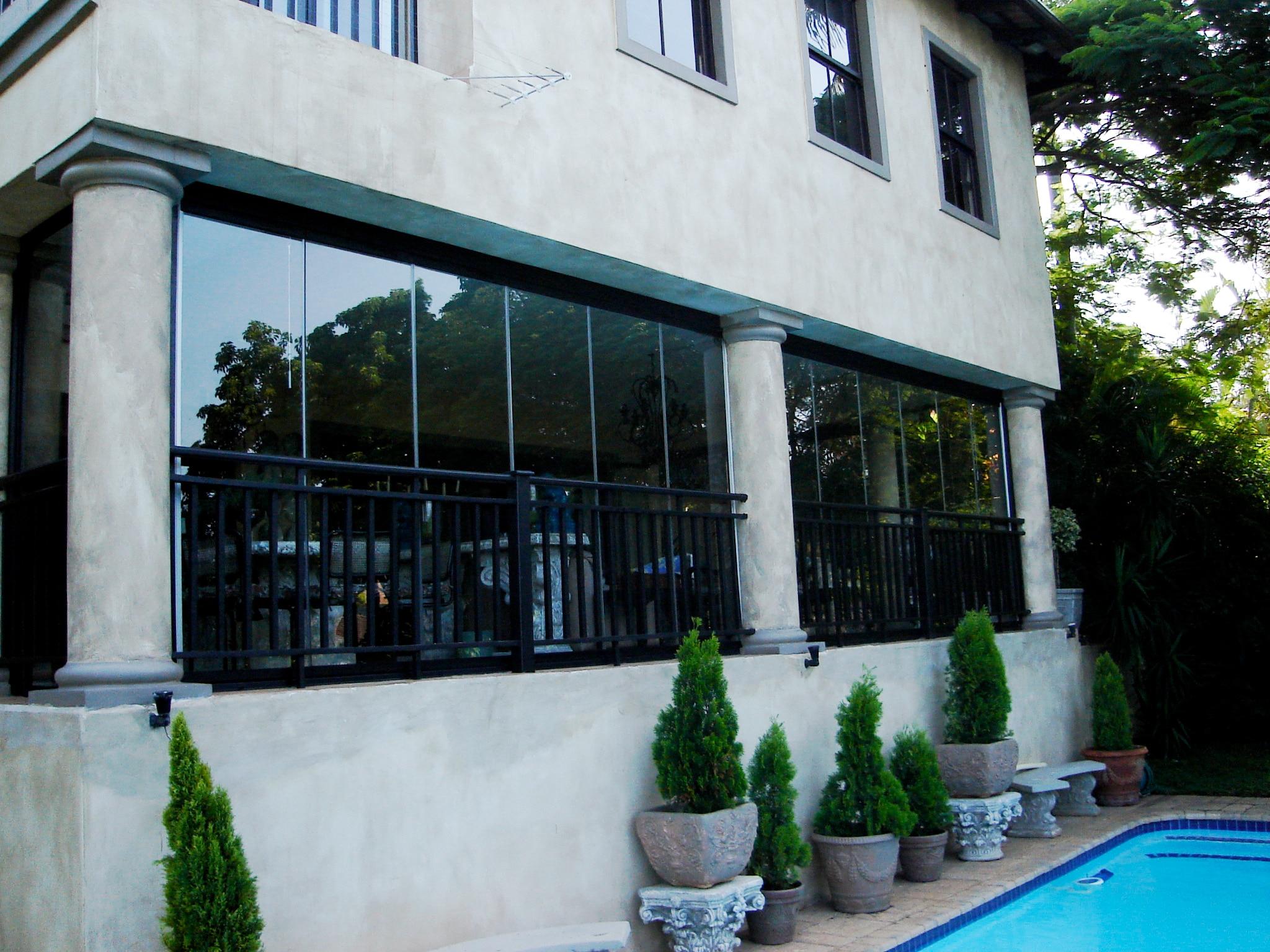 Glasschiebewand abschließbar für Terrasse
