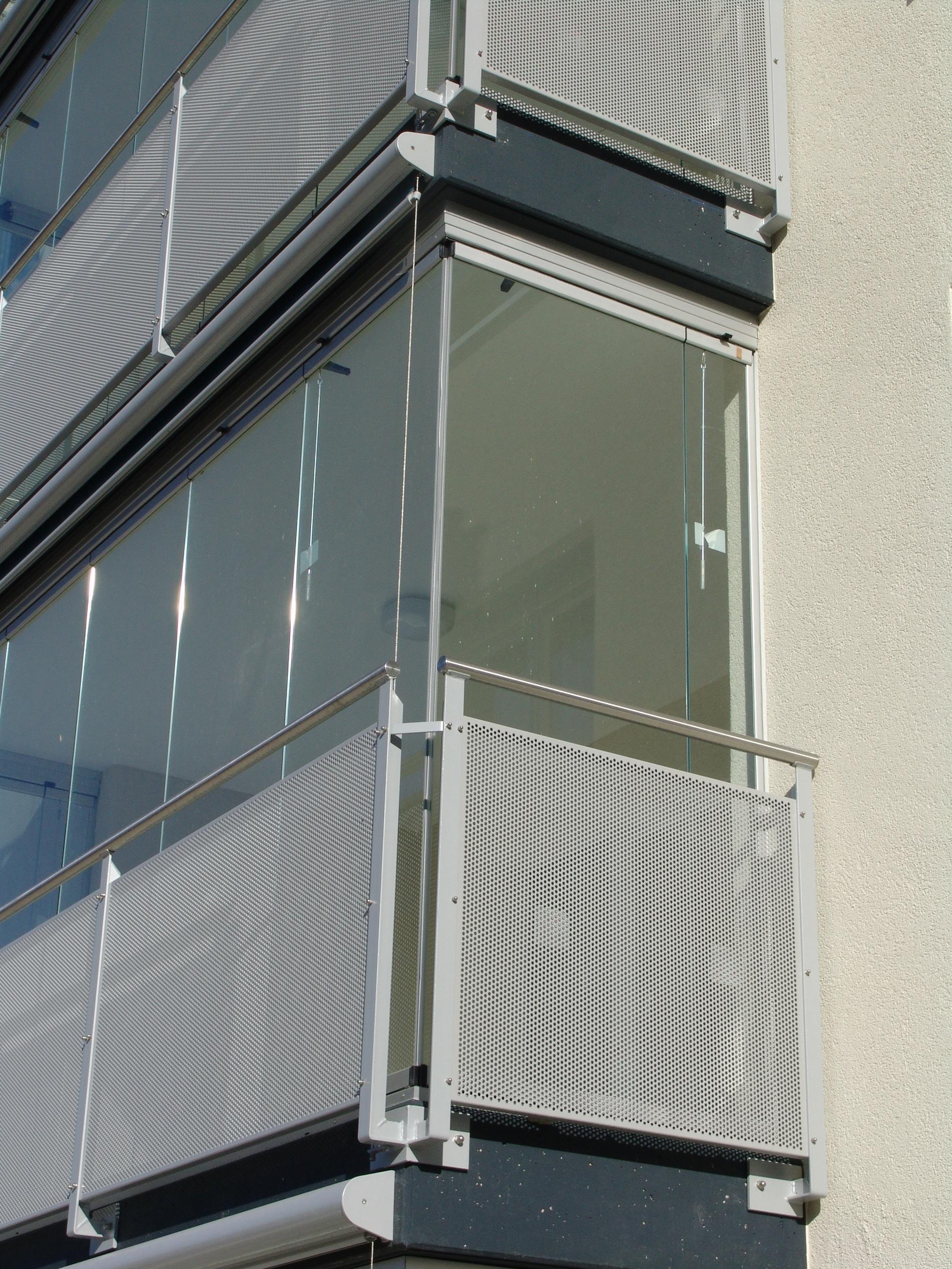 Glasschiebewand abschließbar