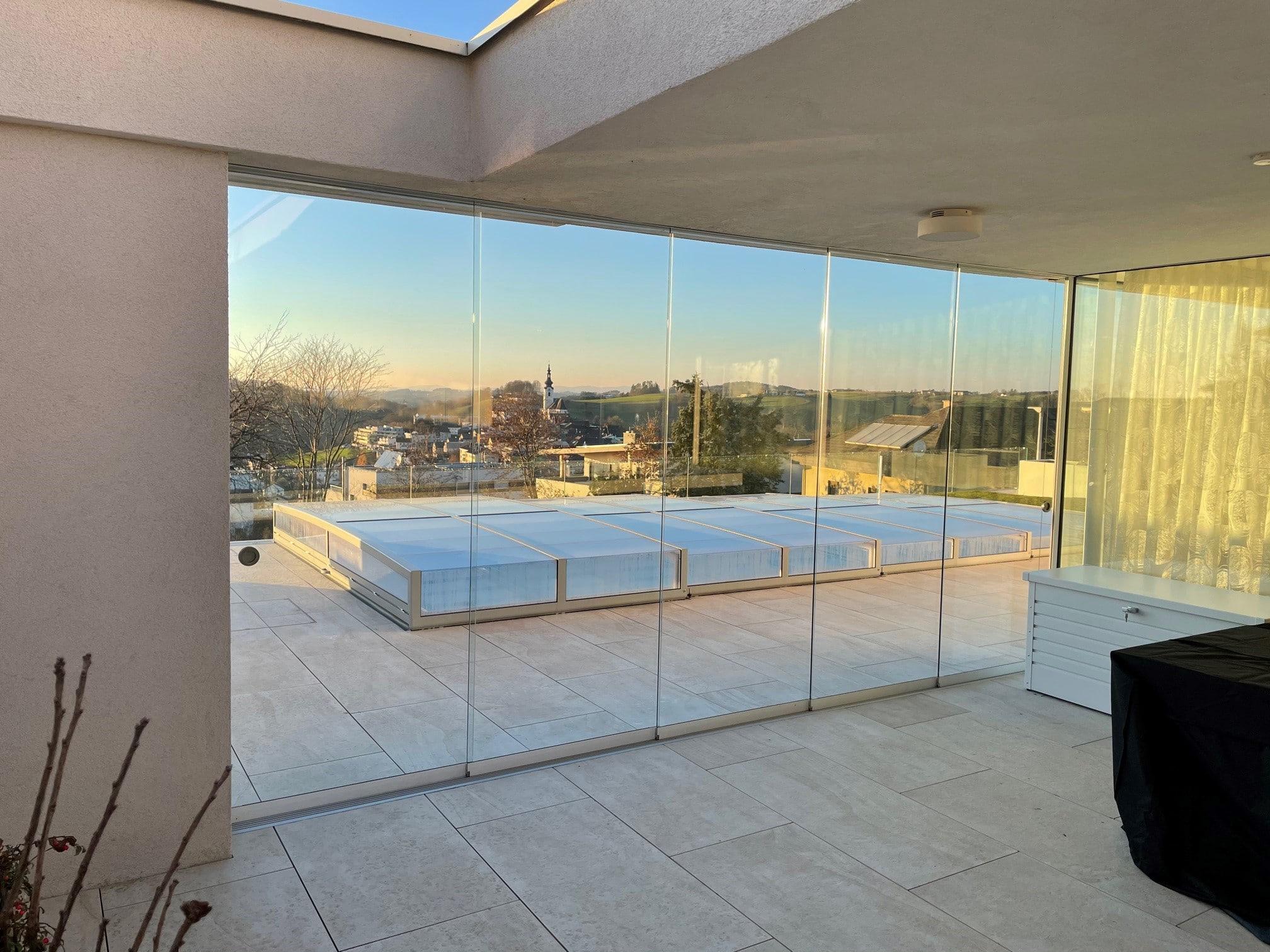 Glasschiebewand Terrasse mit 5 Flügeln