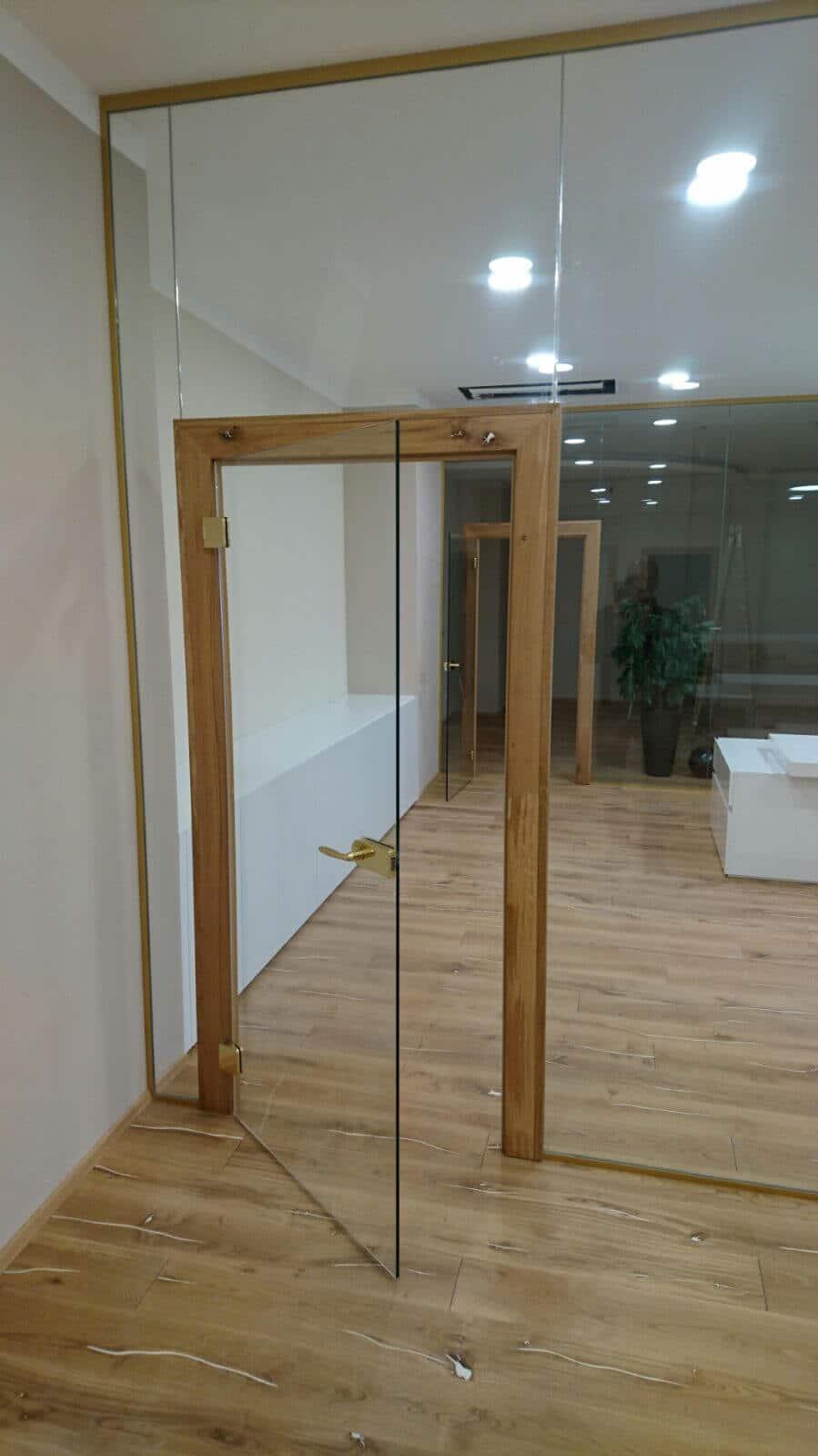 t r mit fenster zk26 kyushucon. Black Bedroom Furniture Sets. Home Design Ideas