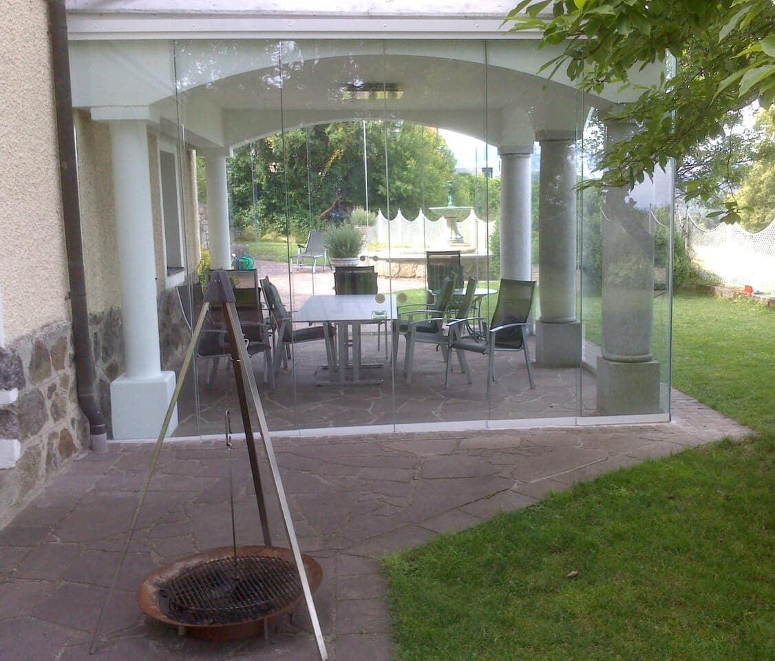 Glaswindschutz für Terrasse