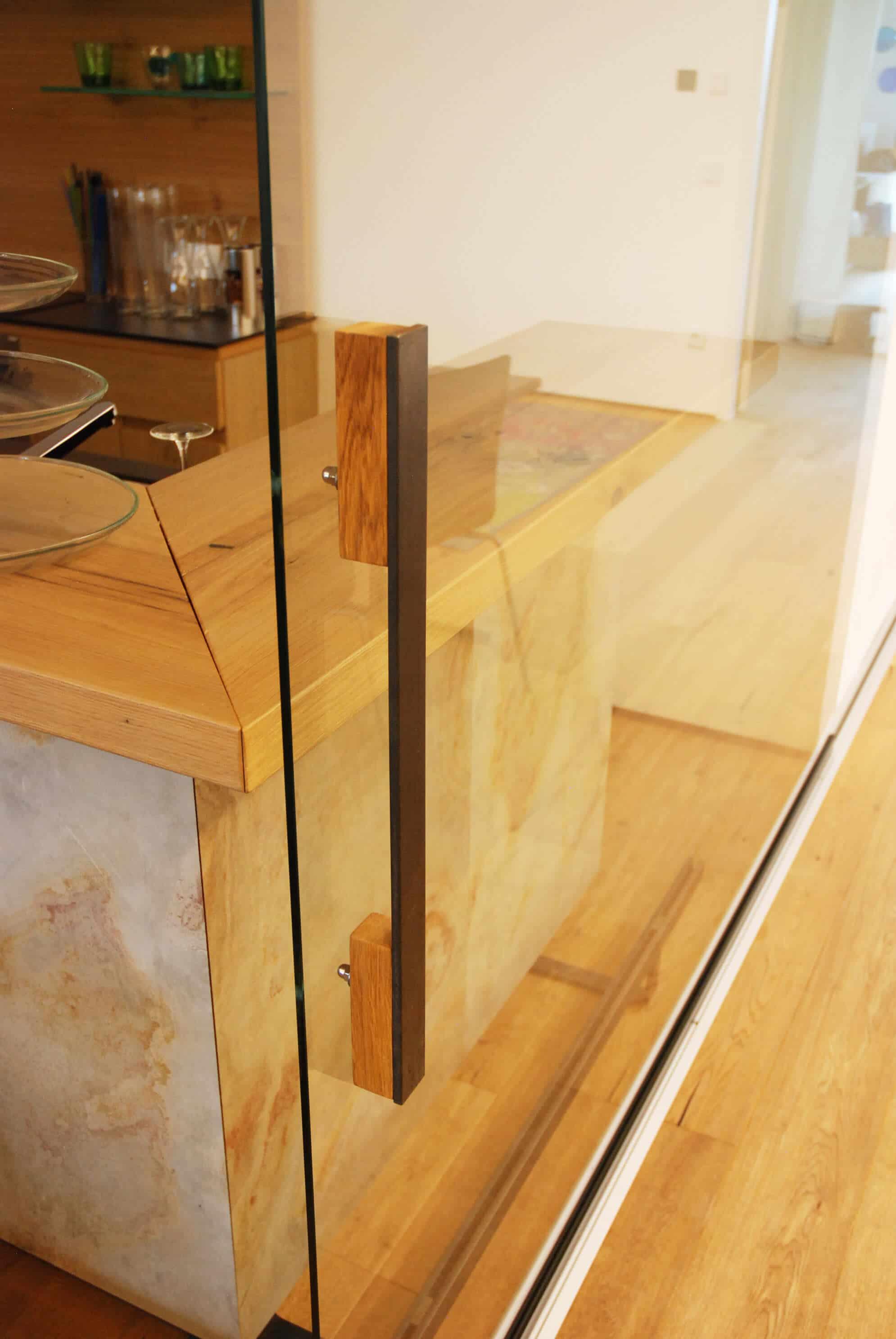 Große Glasschiebetüre Raumteiler