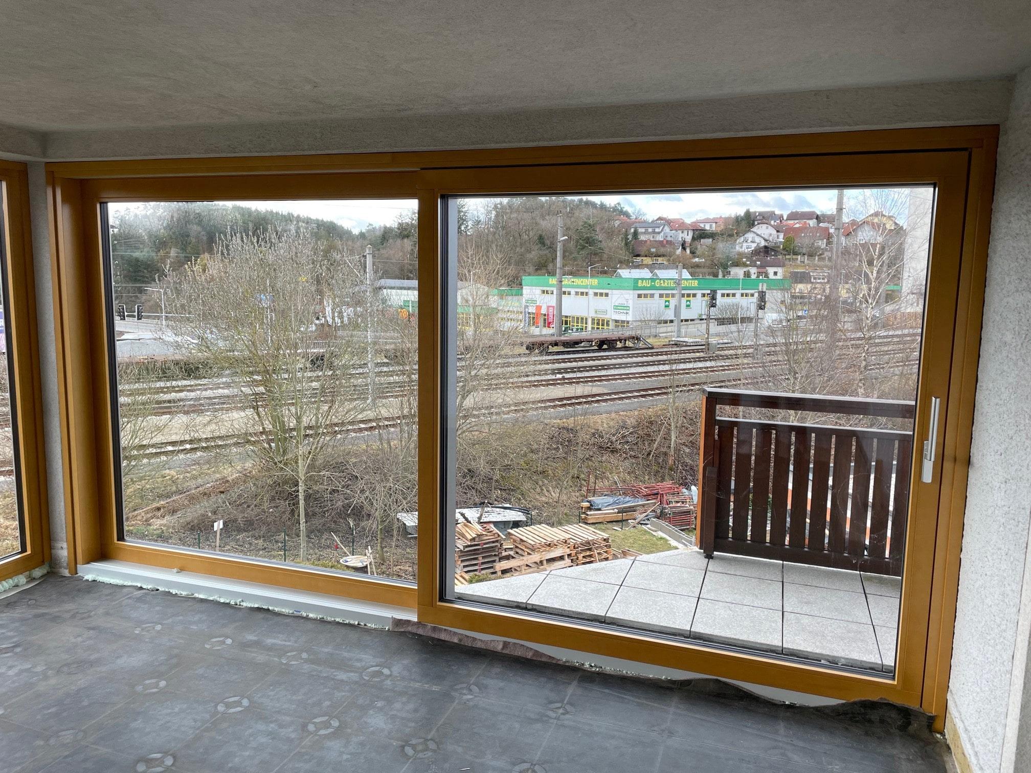 Hebeschiebetür Holz Alu für Bauvorhaben 4232 Hagenberg