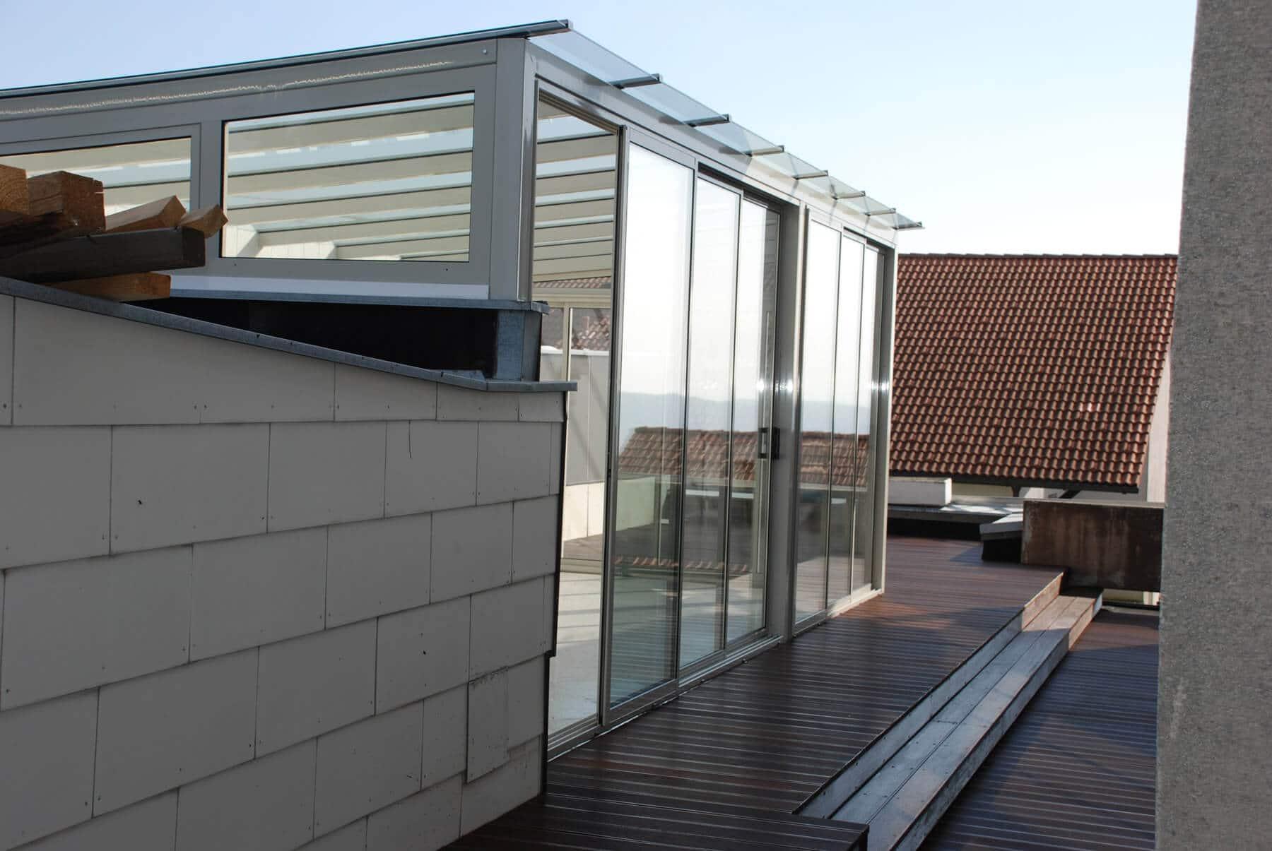 Hochwertige Terrassenüberdachung mit seitlichen Verglasungen