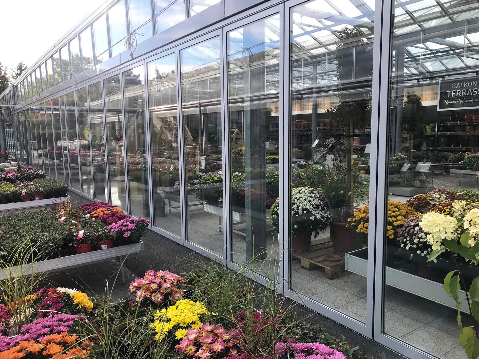 Horizontal-Schiebewand für Gartencenter in Oberoesterreich