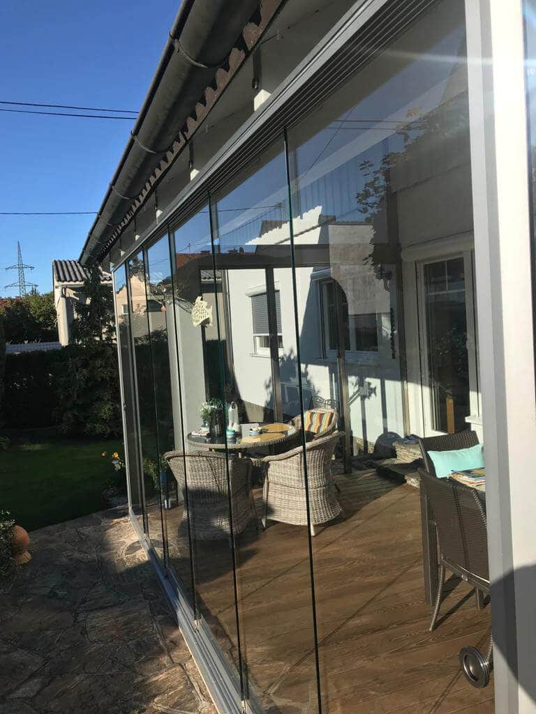 Mehrteilige Glasschiebetüre für Sommergarten