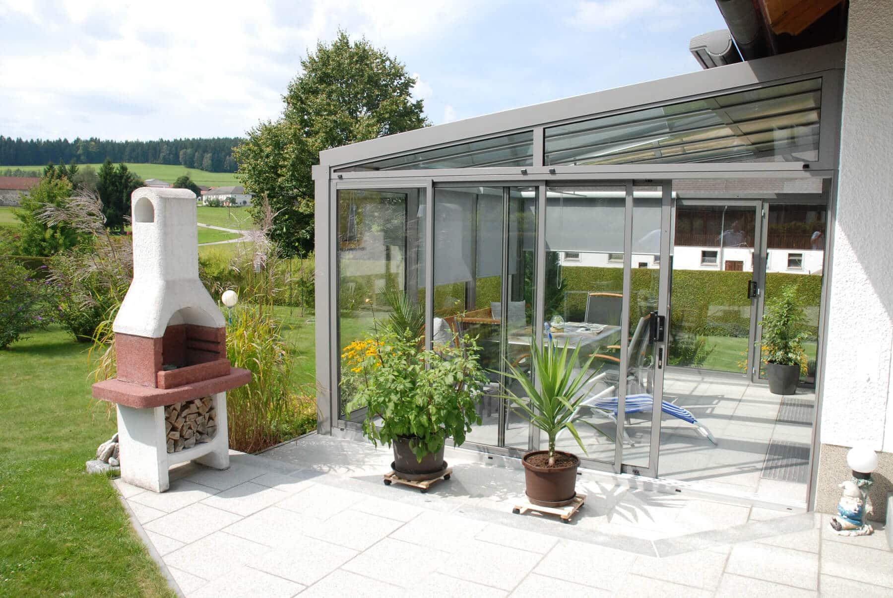 Moderner Sommergarten in Aluminium