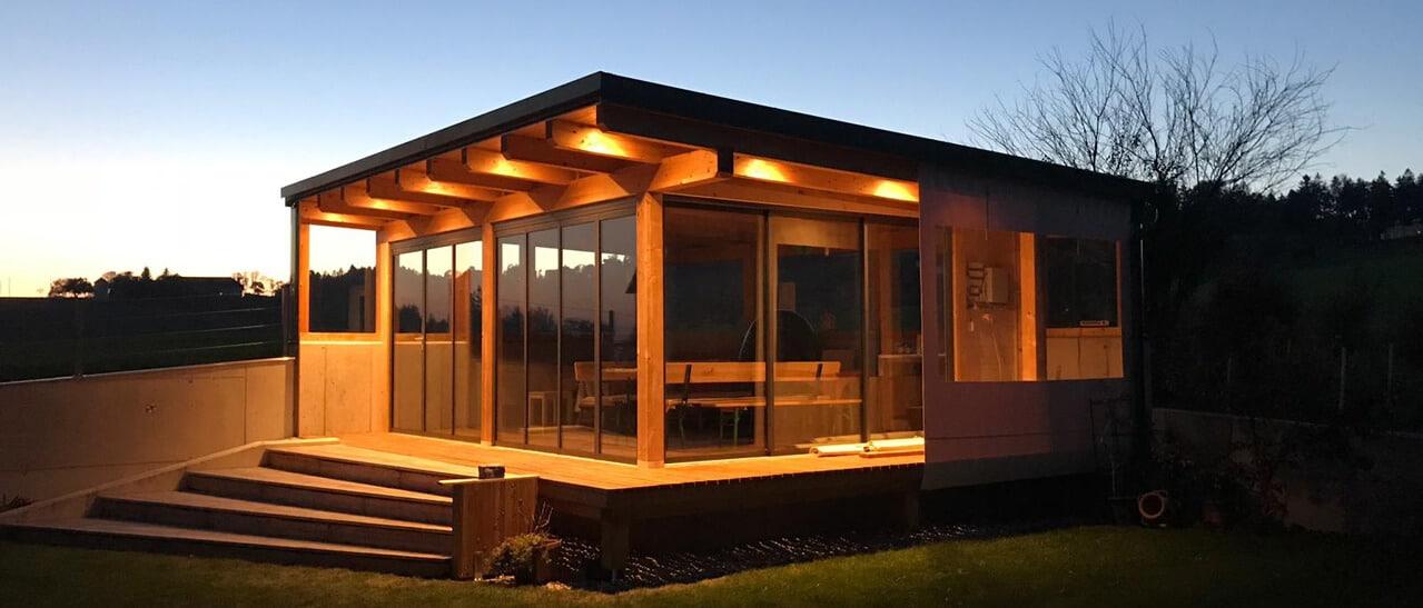 Modernes Gartenhaus Falt Schiebetüren