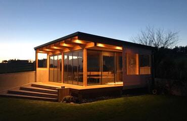 Modernes Gartenhaus Falttüren
