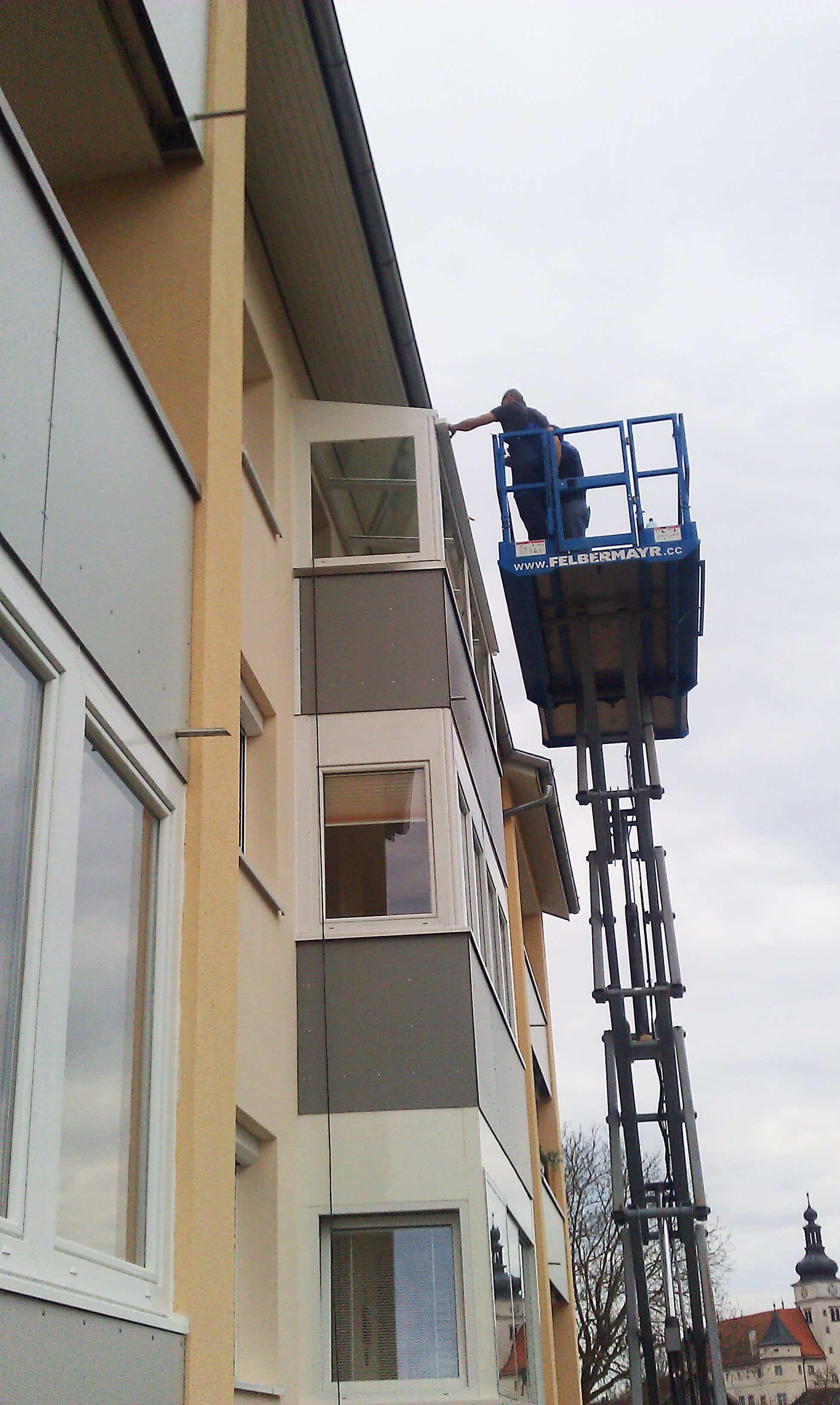 Montage kleiner Wintergarten auf Balkon