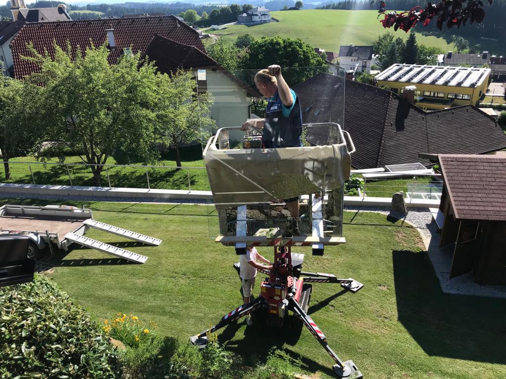Montage Terrassenüberdachung mit Steiger