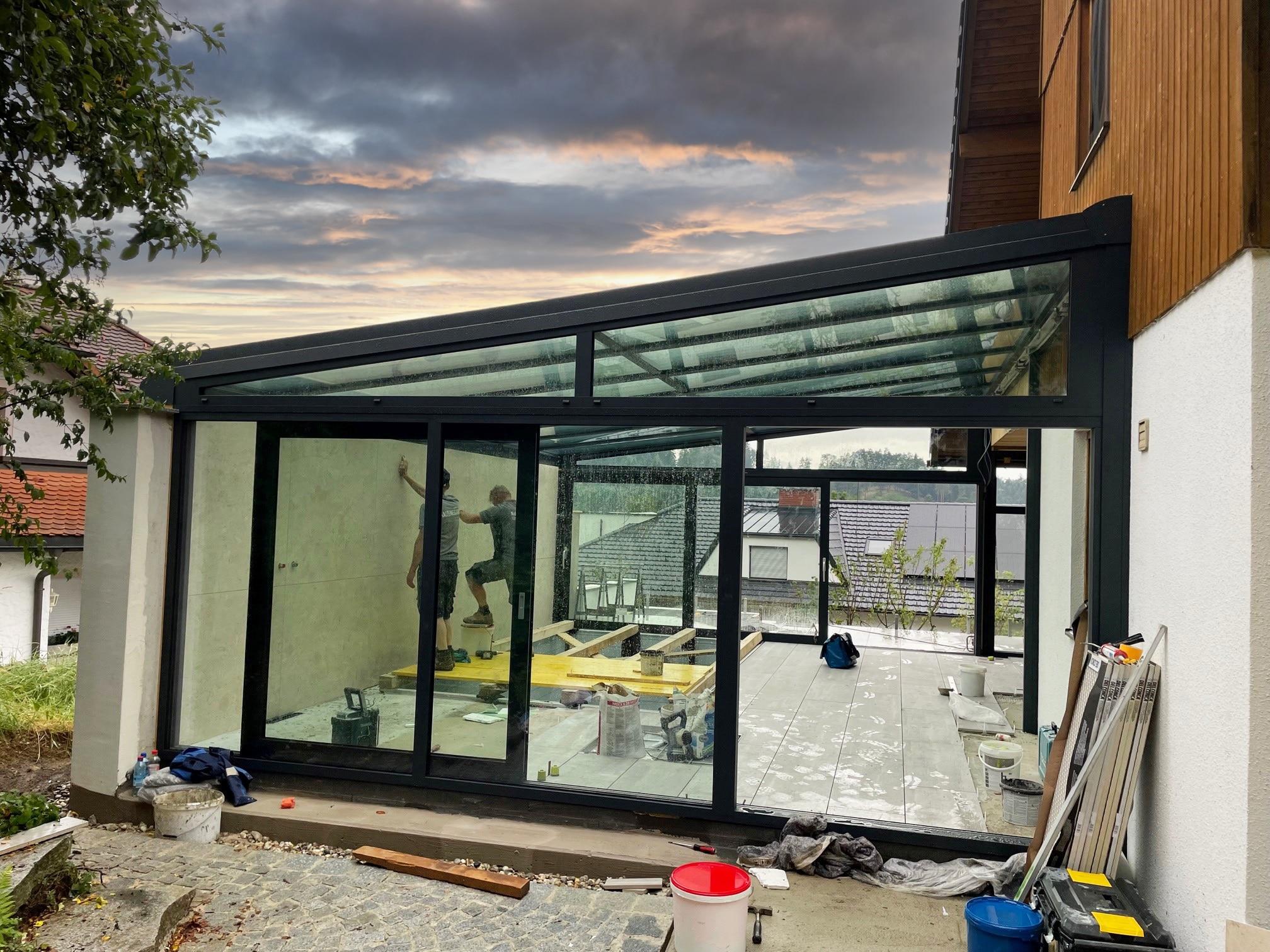 Neuer Wintergarten mit Indoor-Pool entsteht