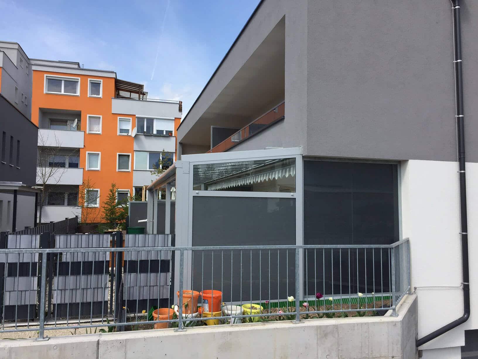 Qualitativ hochwertige Terrassenüberdachung mit Beschattung
